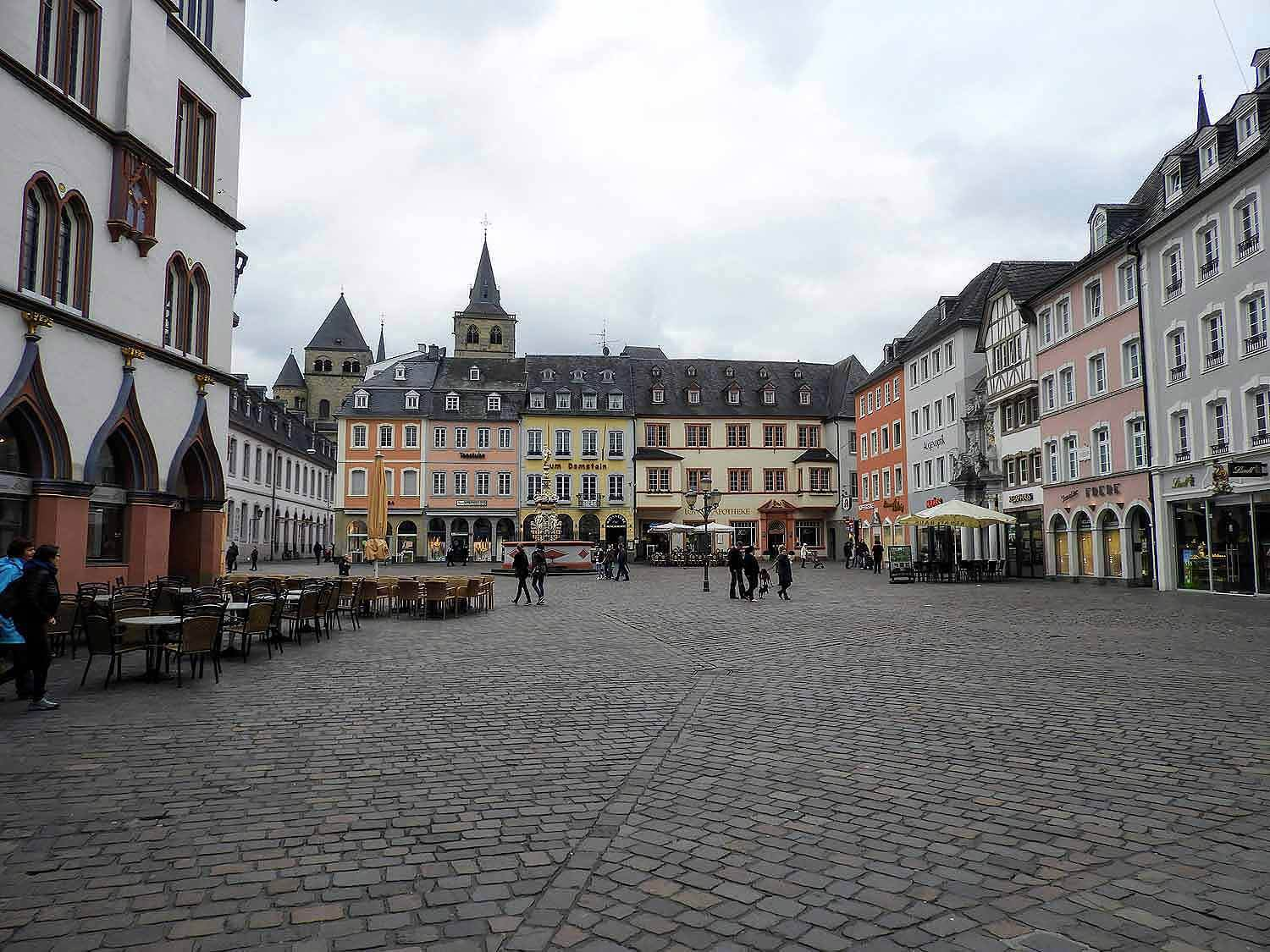 germany-trier-zentrum-center-marktplatz.jpg