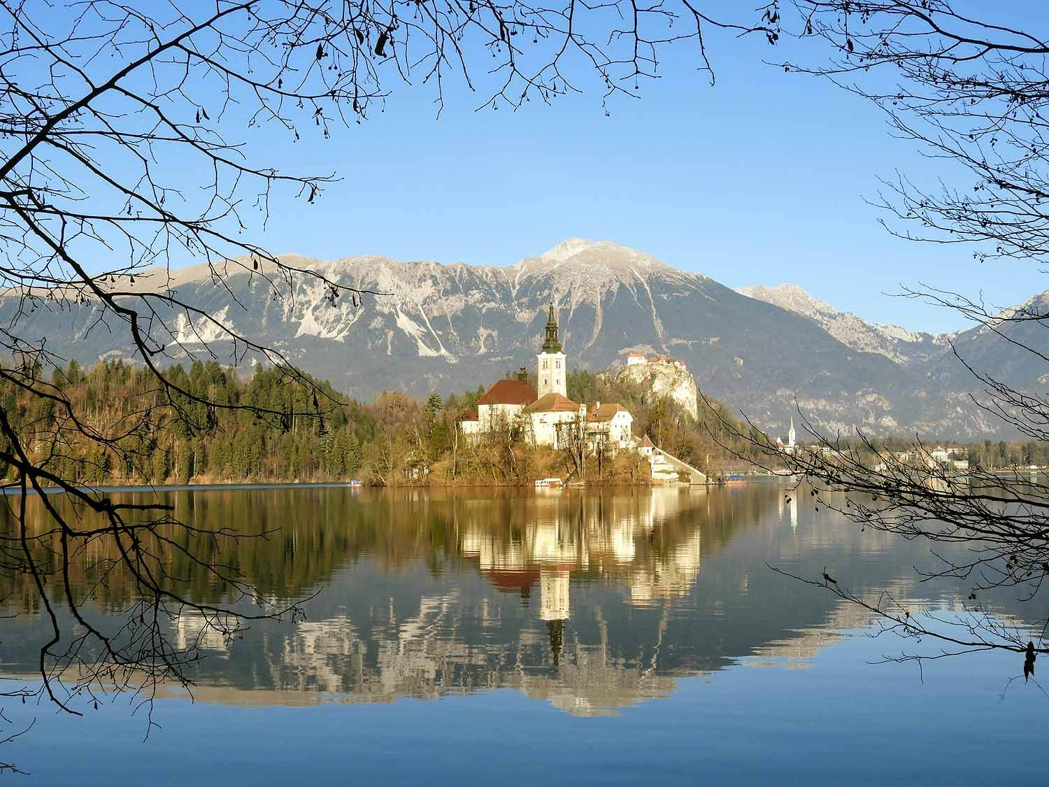 slovenia-lake-bled-pilgrimage-church-assumption-maria-island.jpg