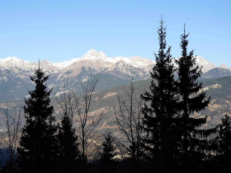 slovenia-triglav-national-park-mountains-winter-peaks.jpg