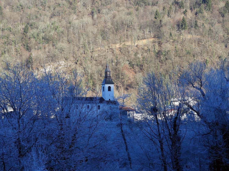 slovenia-triglav-national-park-frozen-church.jpg