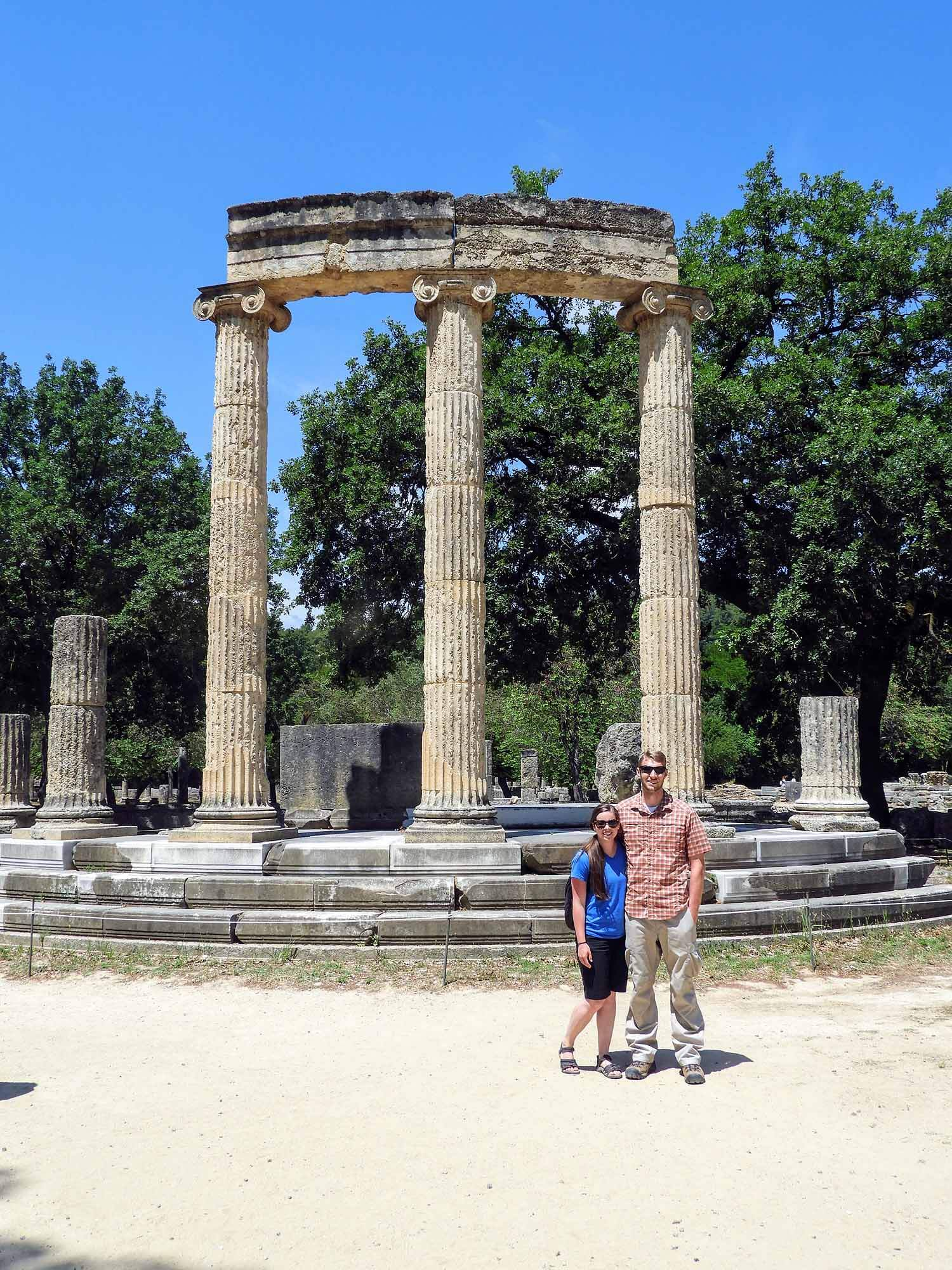 greece-olympia-ruins-olympic-columns-team.jpg