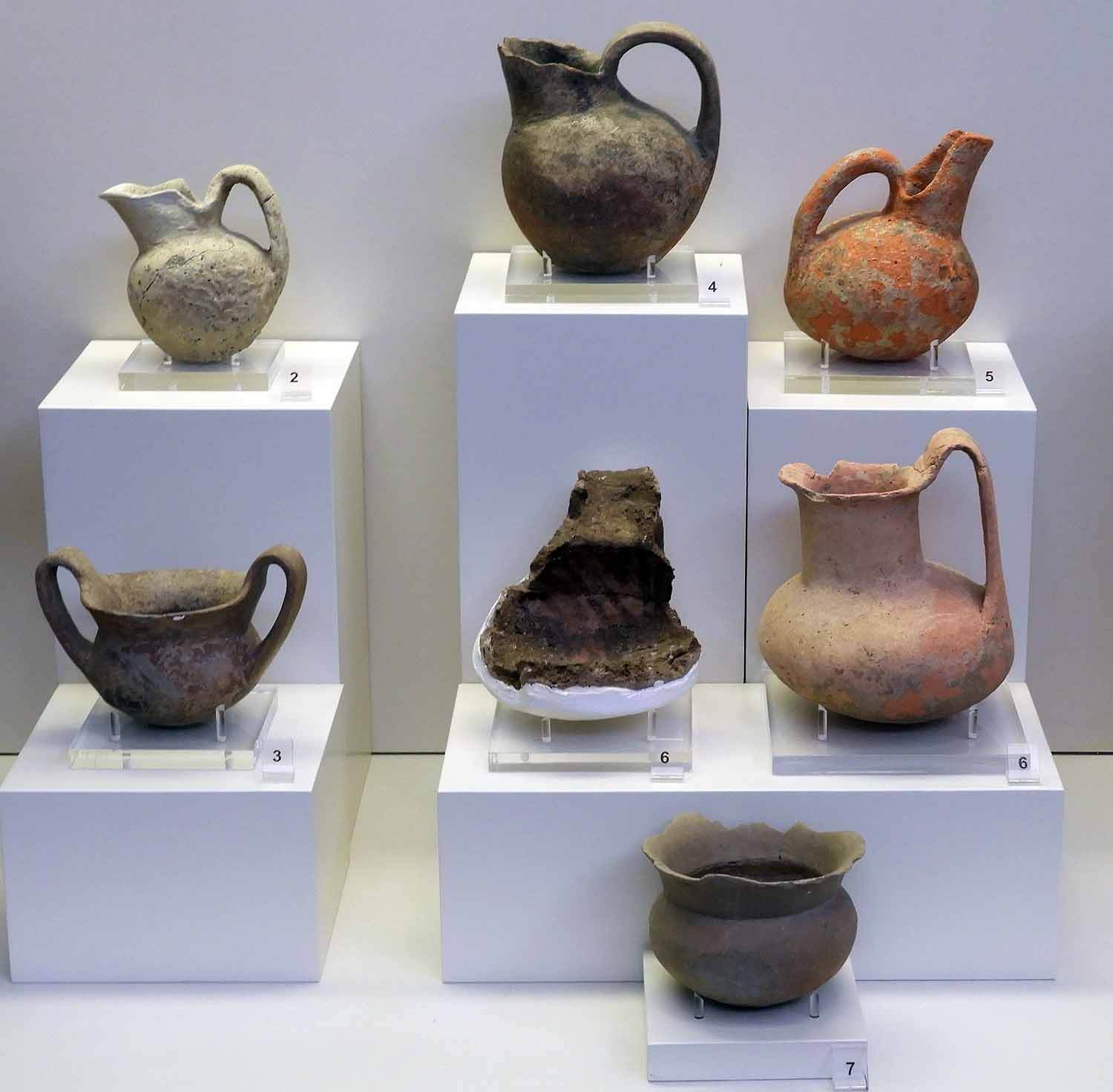 greece-olympia-pot-pottery-ancient-greek-antiquities.JPG