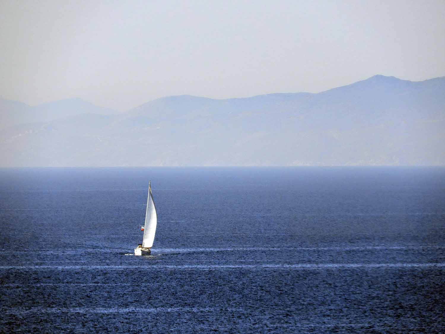 greece-santorini-sailboat.jpg