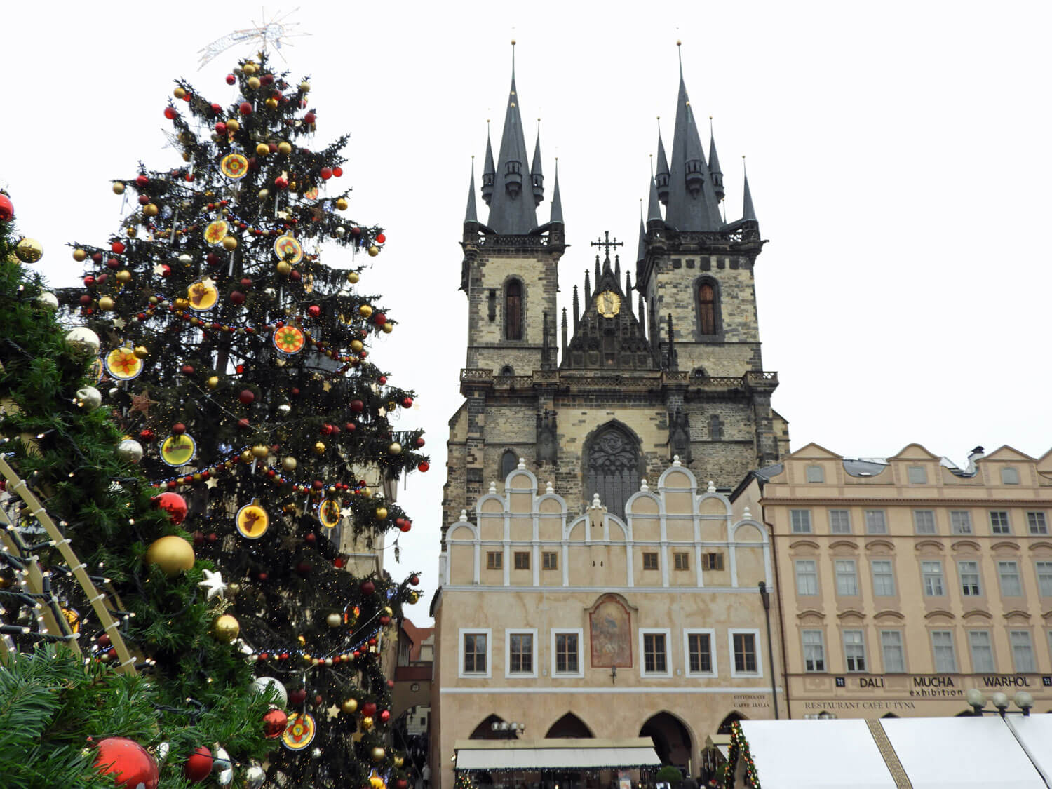 czech-prague-christmas-tree.jpg