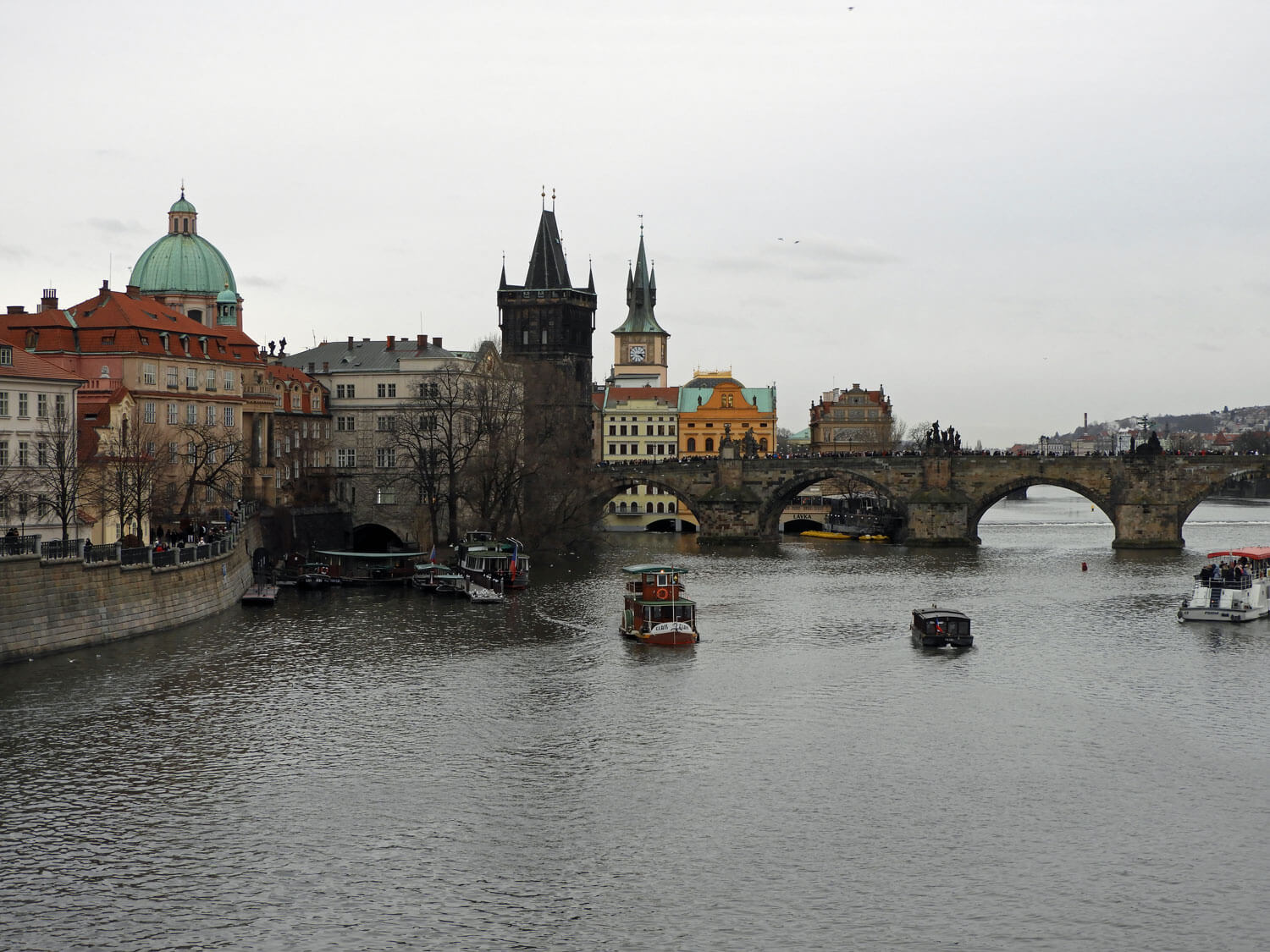 czech-prague-river-bridge-boats.jpg