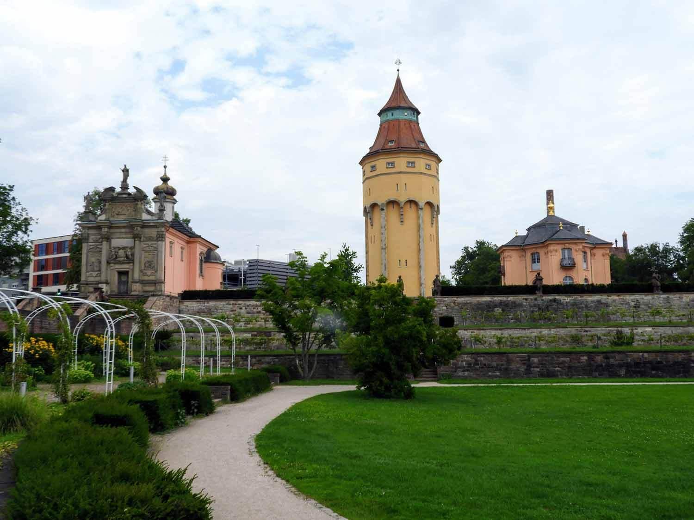 germany-rastatt-residenceschloss-tower-gardens.jpg