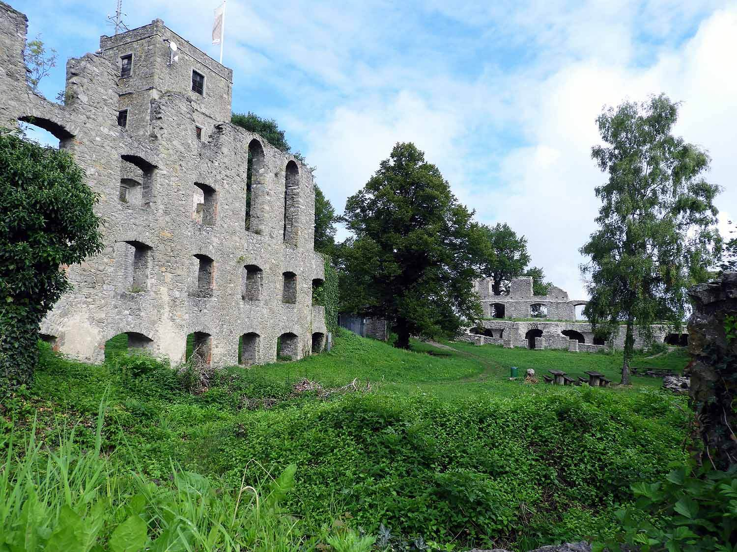 germany-hohentwiel-castle-ruins-historic-hilltop.jpg