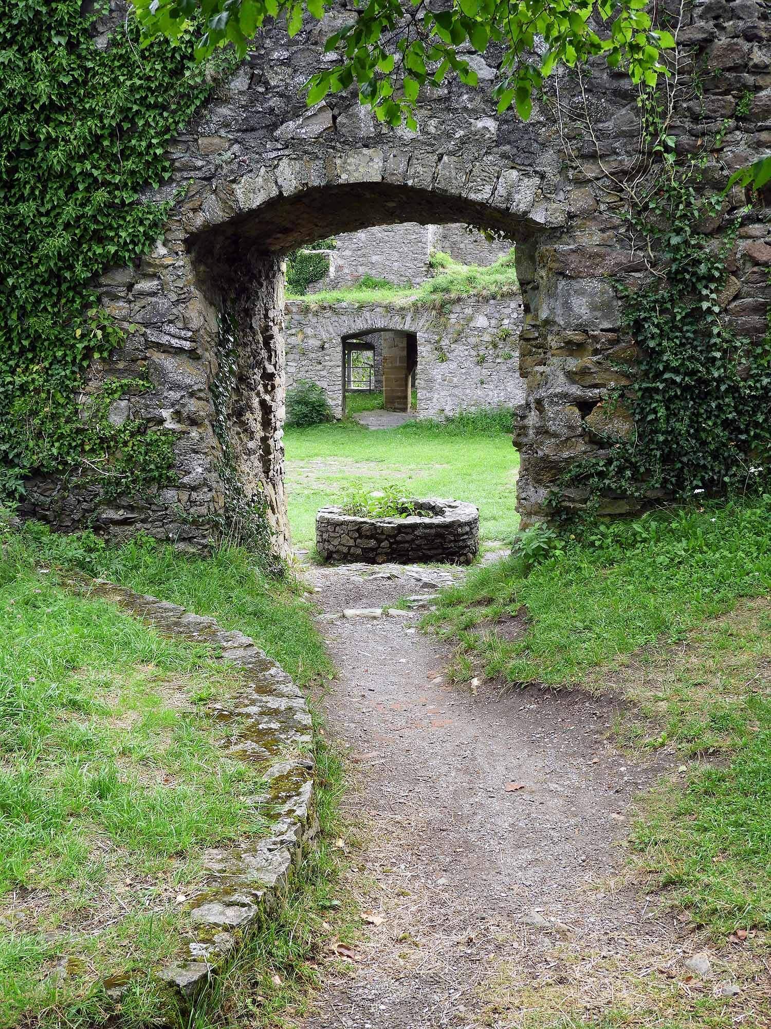 germany-hohentwiel-castle-ruins-stone-doorway.jpg