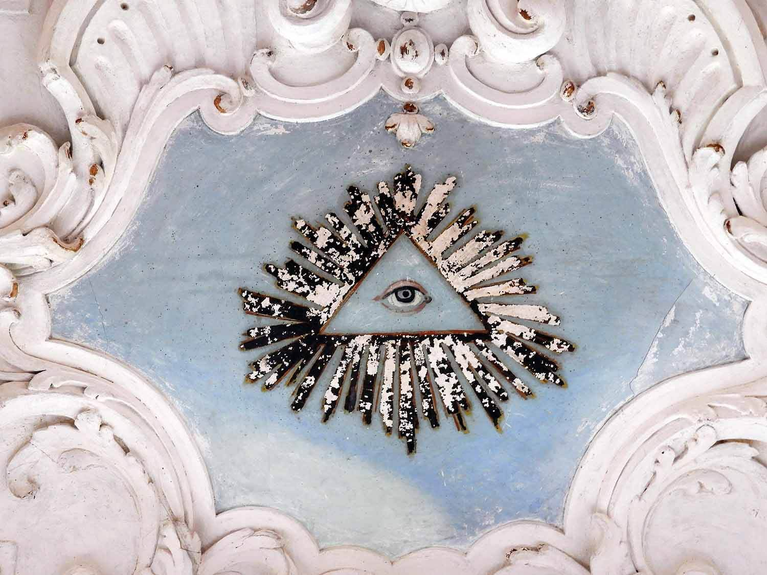 germany-salem-monastery-palace-all-seeing-eye.jpg