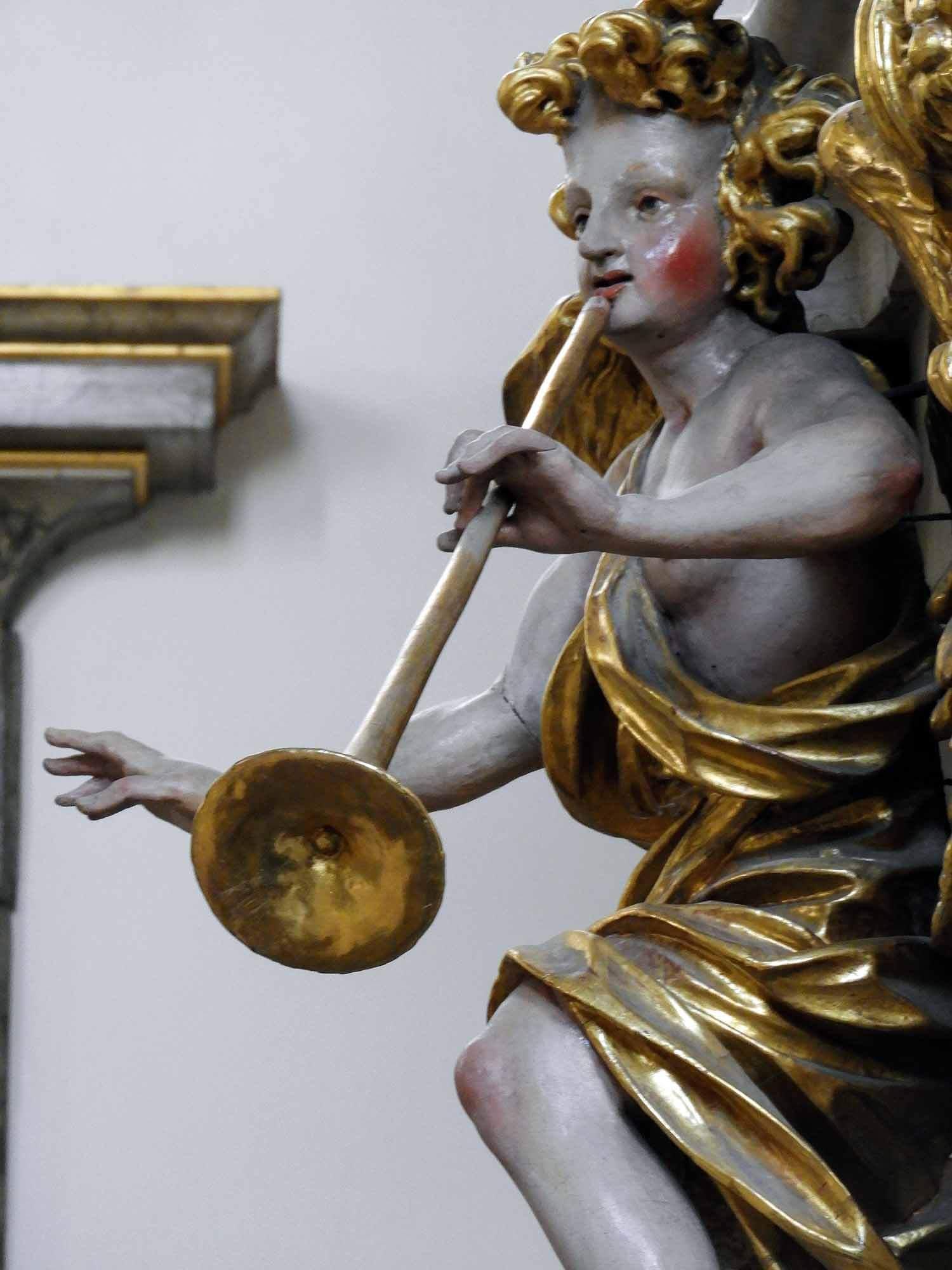 germany-kloster-grosscomburg-gilt-angel.jpg