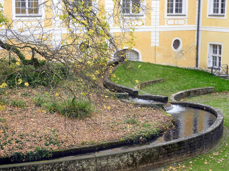 germany-kloster-ochsenhausen-water-canal.jpg