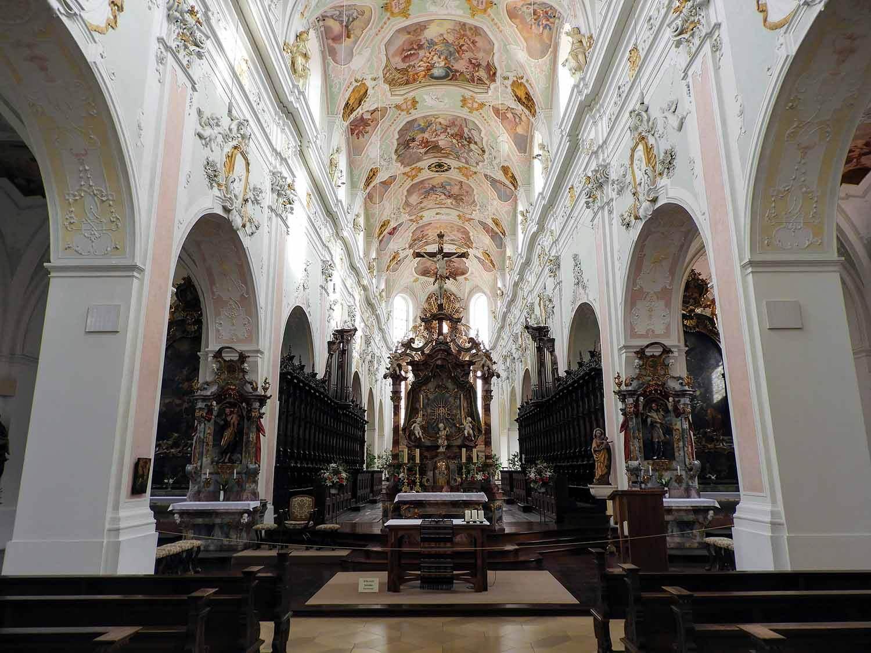 germany-steinhausen-wallfahrtskirche-interior.jpg