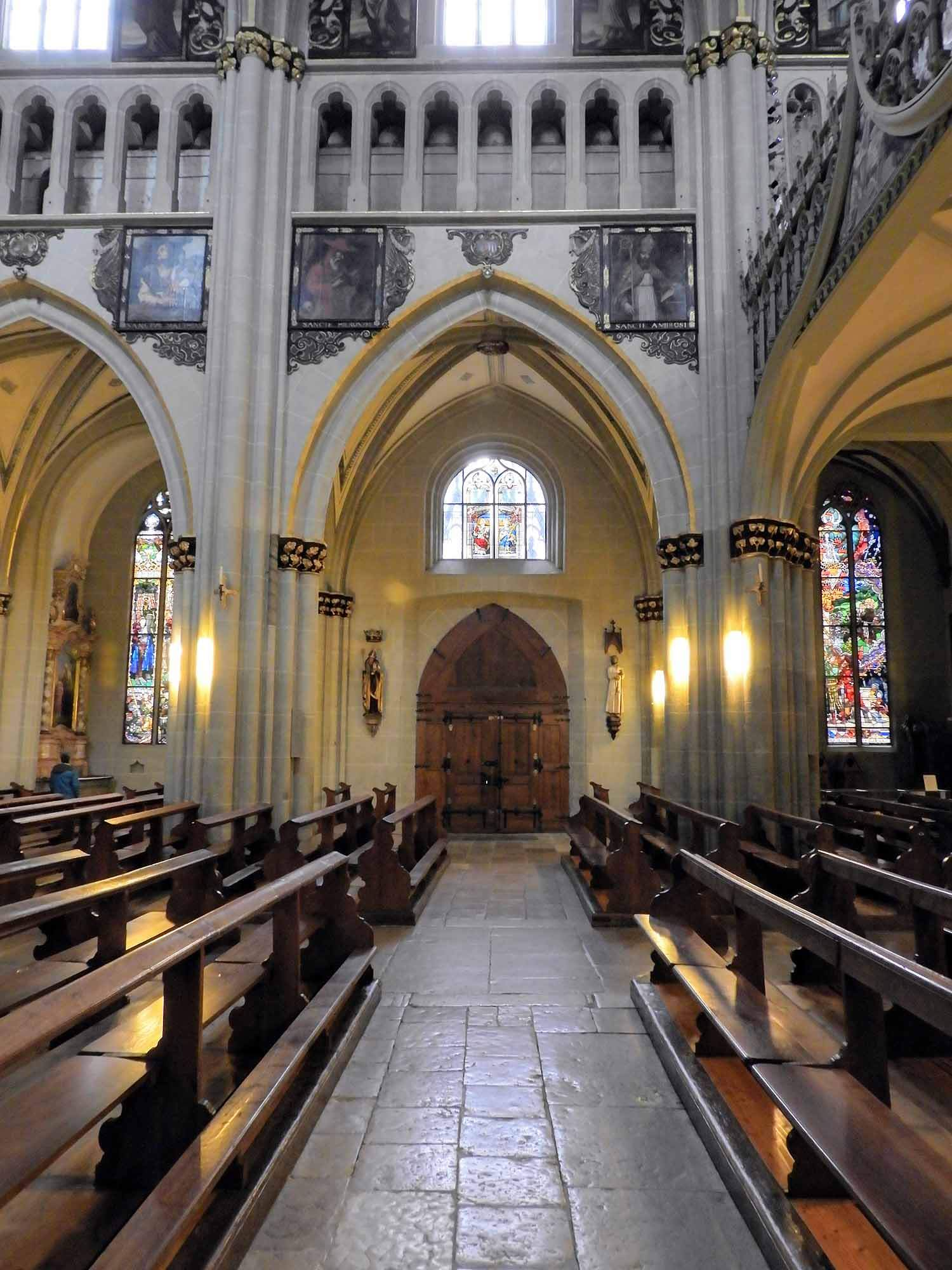 switzerland-fribourg-cathedral.jpg