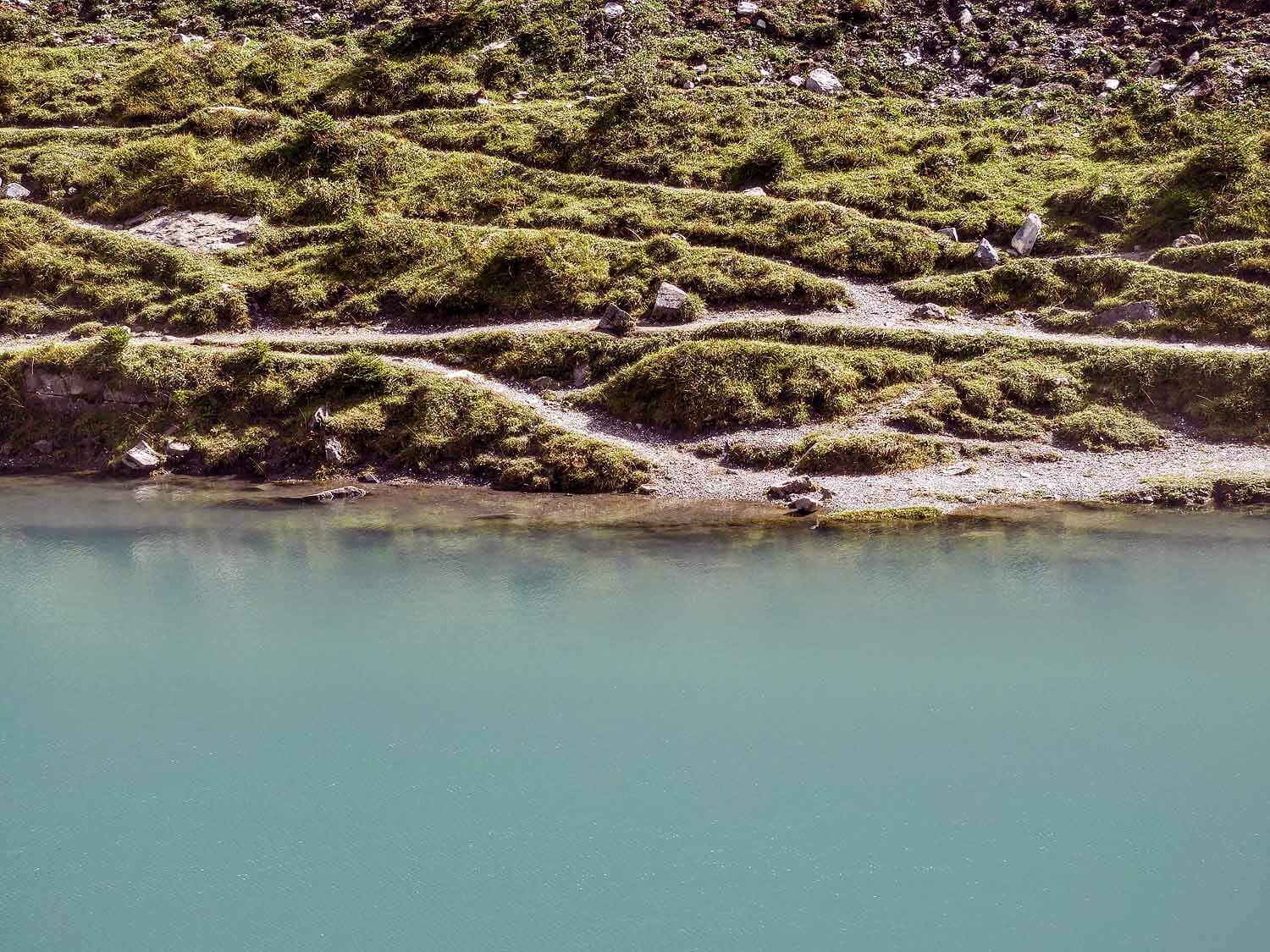 switzerland-oeschinensee-glacial-blue-water.jpg