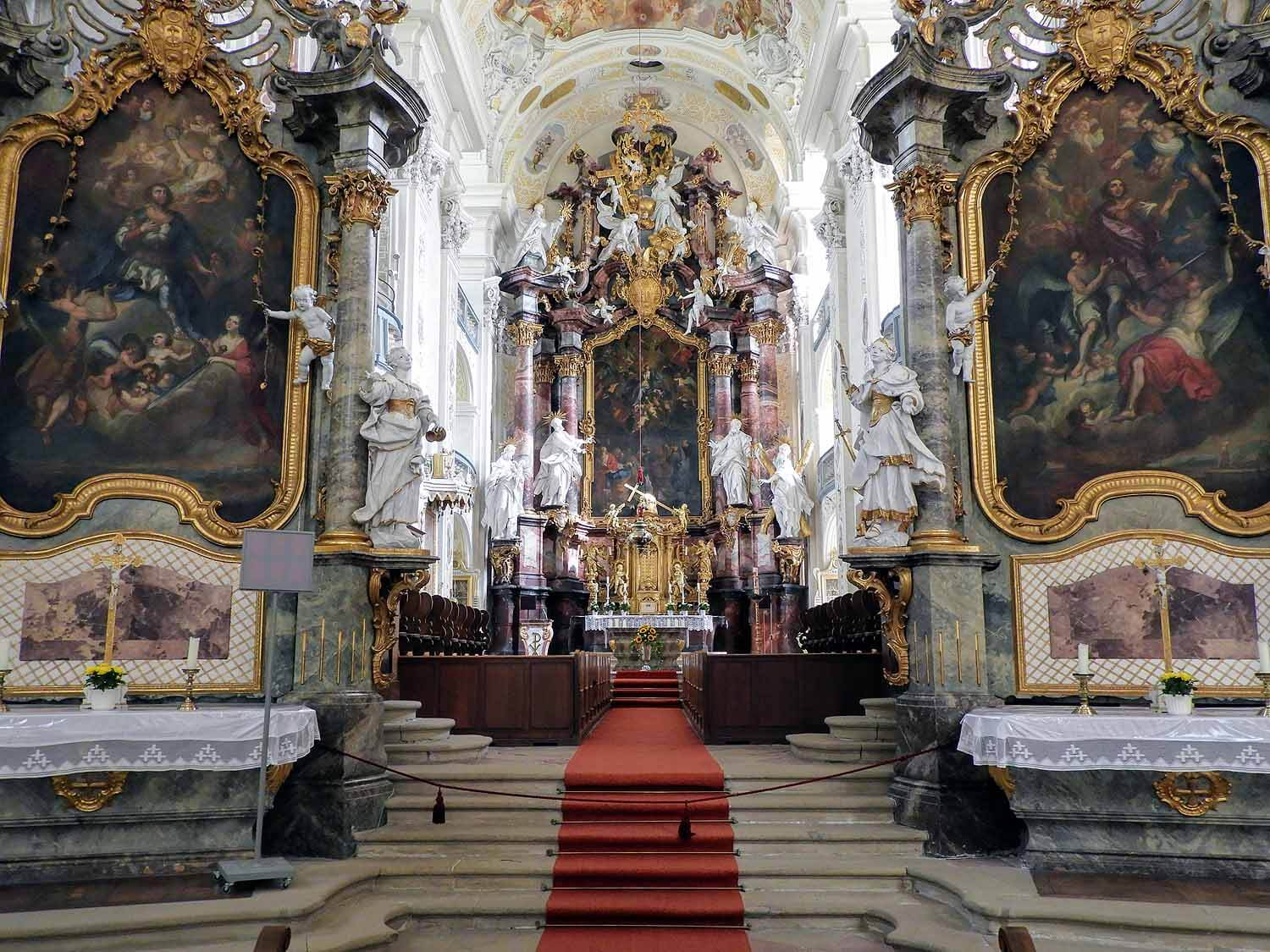 germany-kloster-schontal-cathedral-alter.jpg