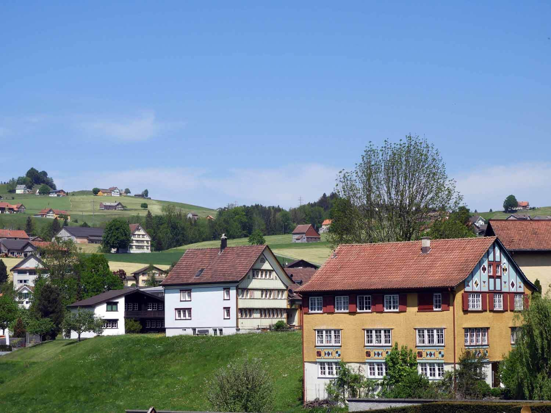 switzerland-appenzell-farm-country.JPG