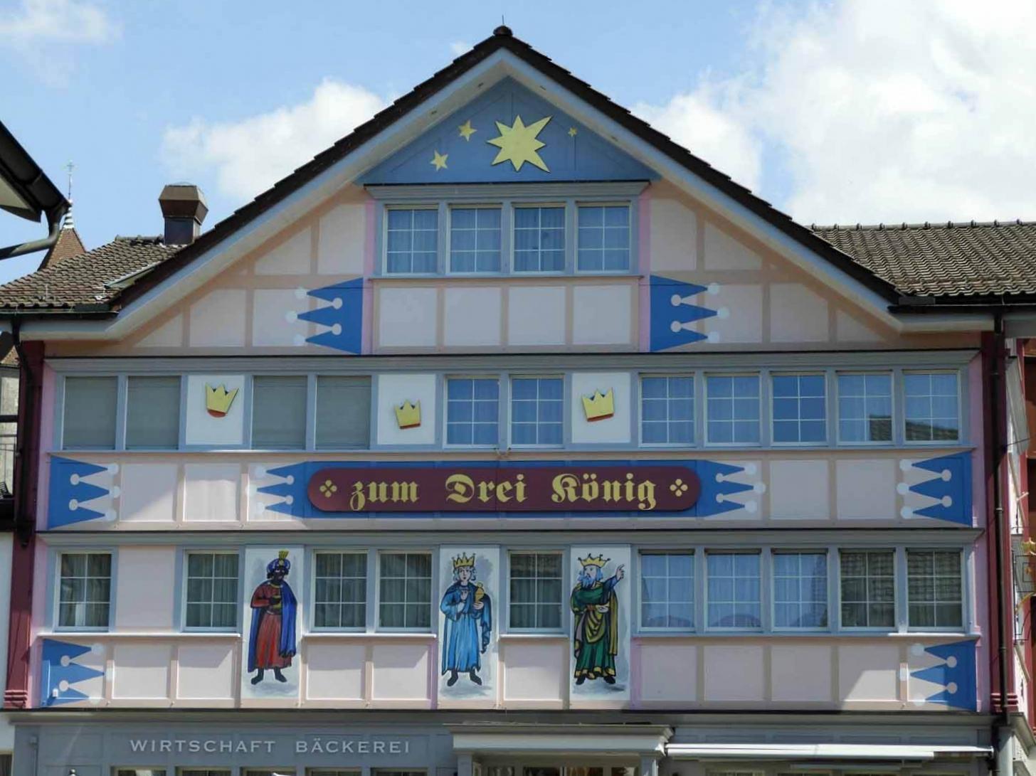 switzerland-appenzell-local-building-art.JPG