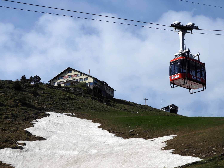 switzerland-ebenalp-seealpsee-gondola.JPG