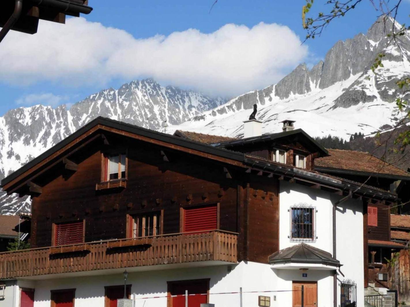 switzerland-oberalppass-vorderrhein-river-valley-snow-alps.JPG