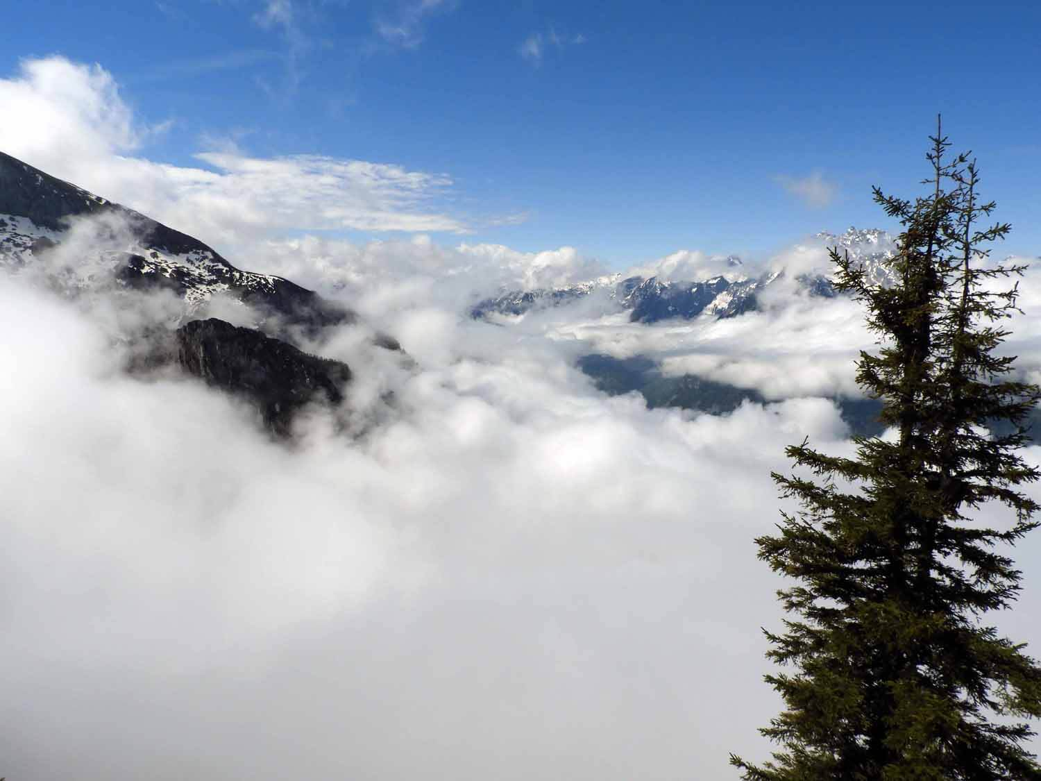 germany-eagles-nest-berchtesgaden-spring-clouds.JPG