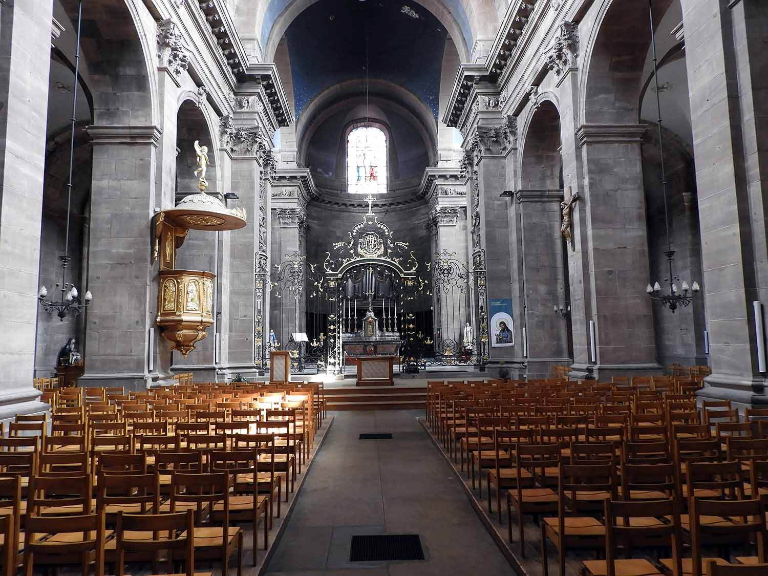 france-belfort-cathedral-interior.JPG