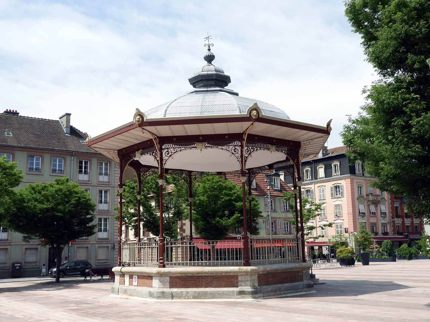 france-belfort-town-square-gazeebo.JPG