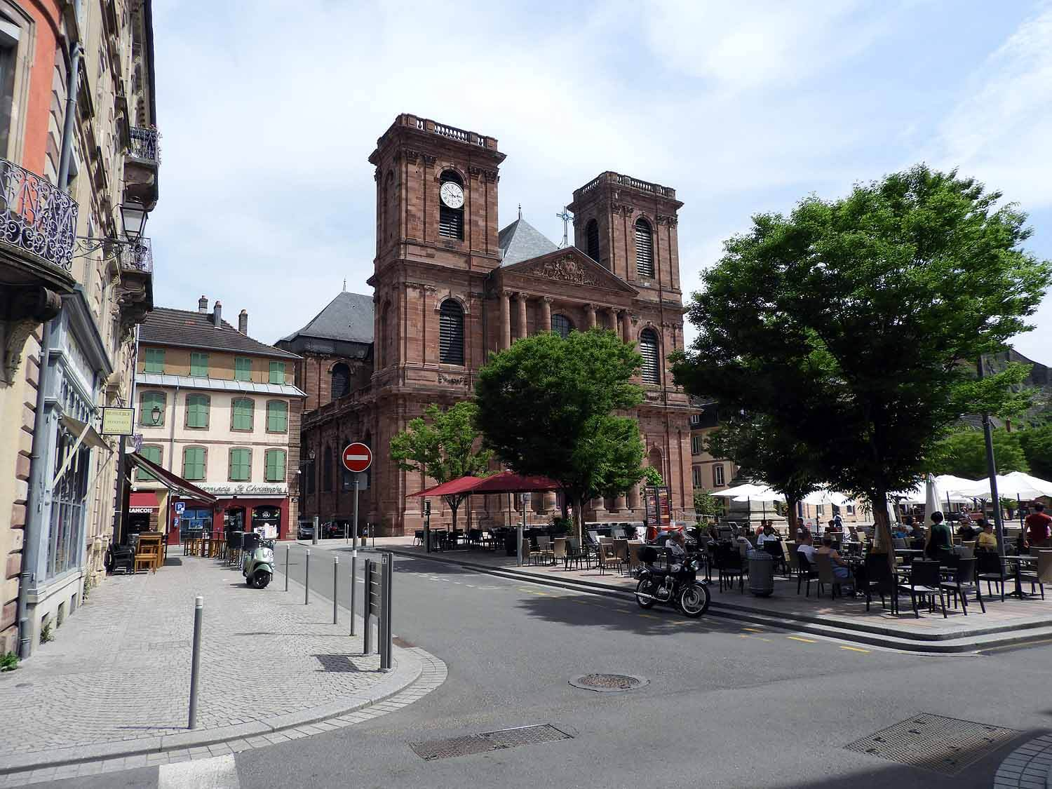 france-belfort-cathedral-square.JPG