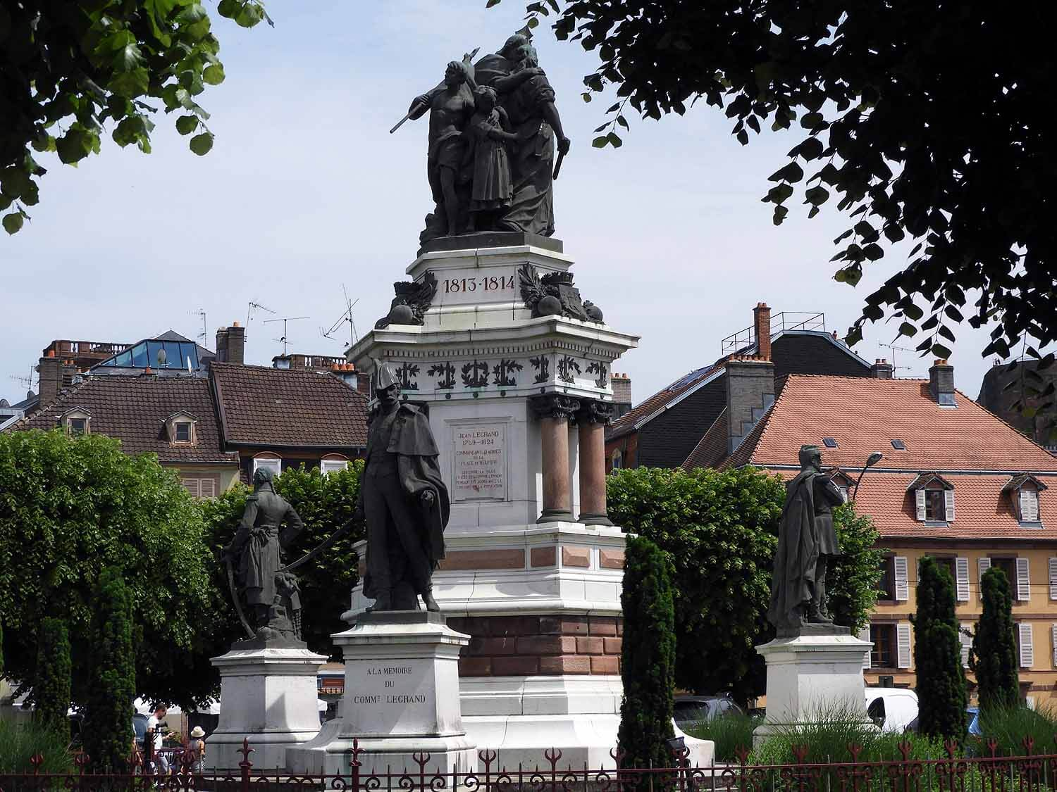france-belfort-city-square-monument.JPG