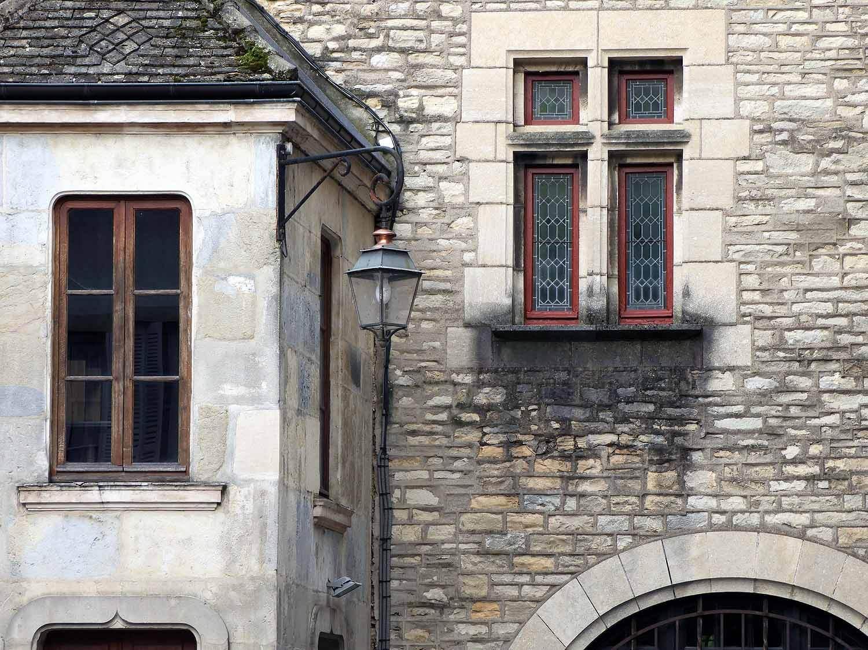 france-dijon-old-masonry.JPG