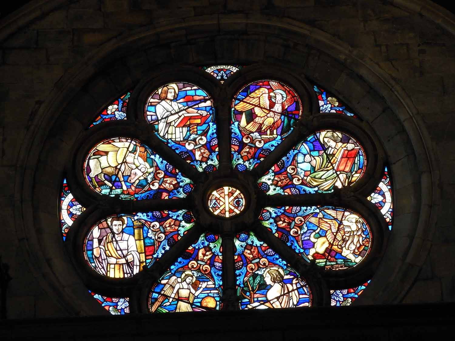 switzerland-neuchatel-collégiale-reformed-church-stained-glass-rosette.JPG