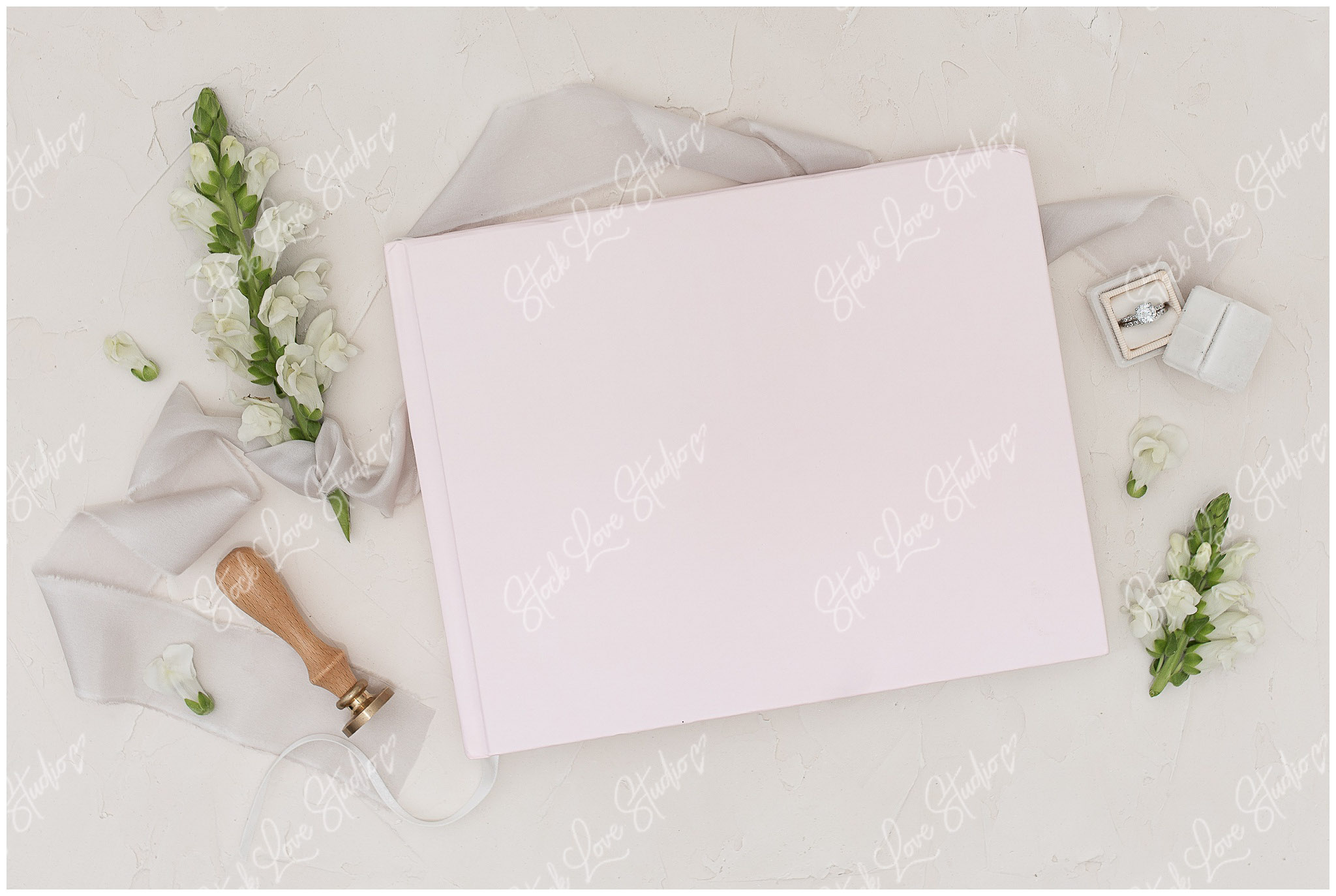 custom_stationery_mockup_0005.jpg