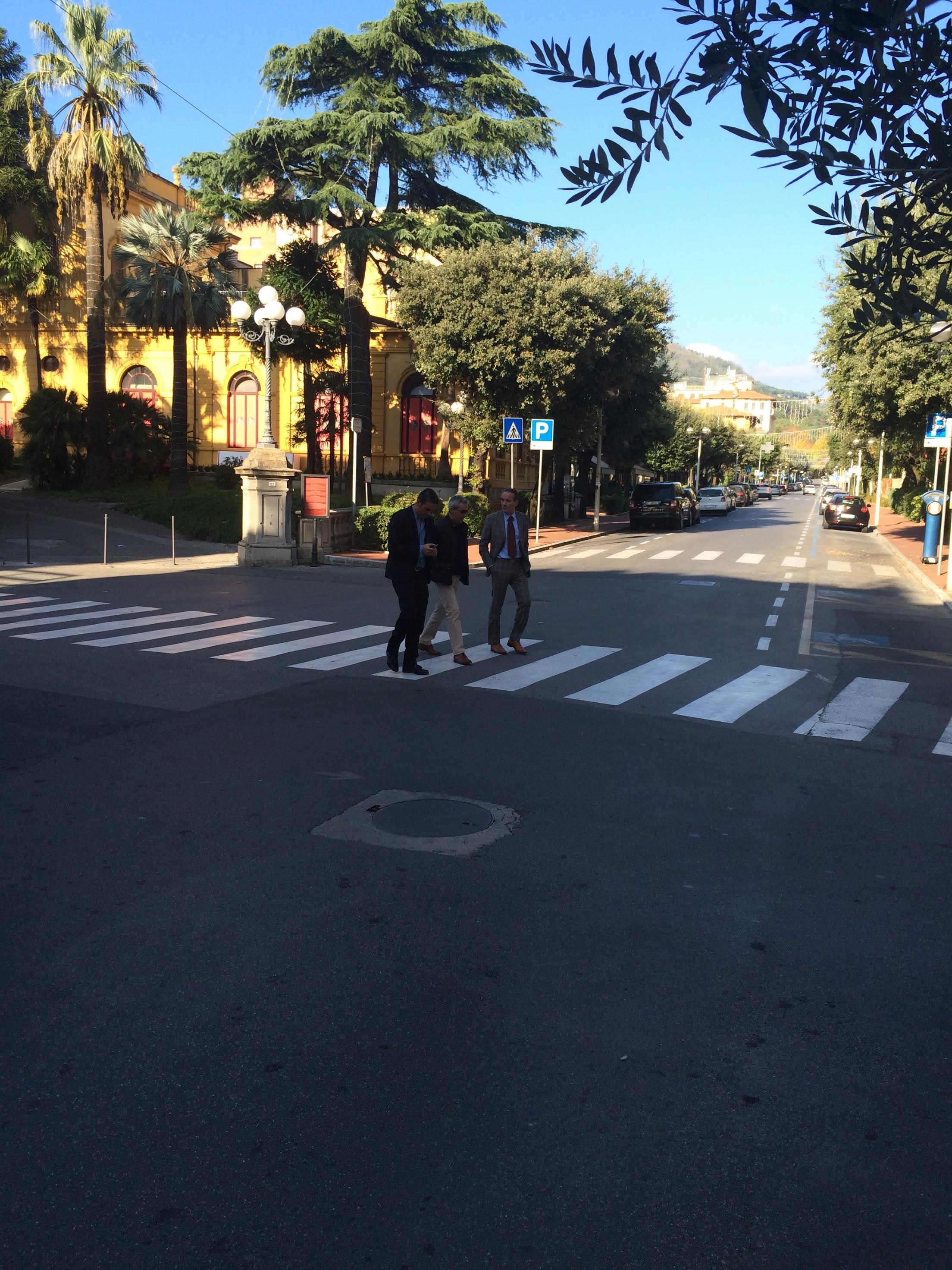 mens-crossing-street.jpg