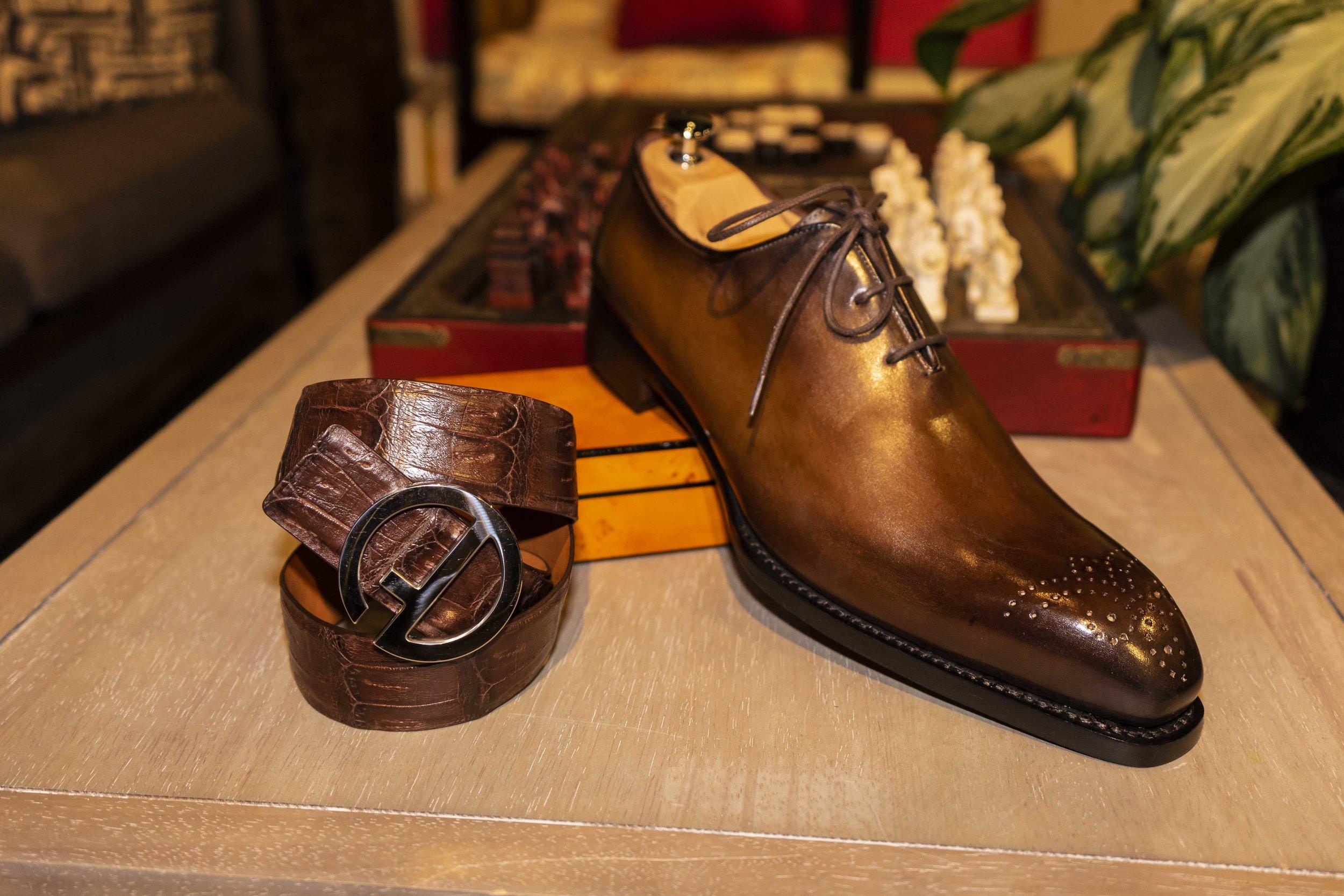 DG_bespoke_shoe_chestnut_1.jpg