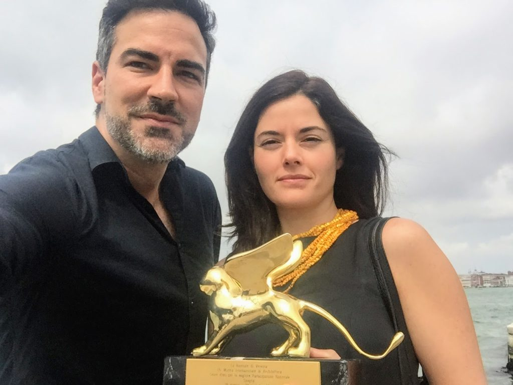 Lorena and Inaqui at the Venice Biennale, with the Golden Lion award for Best National Pavilion, 2016.