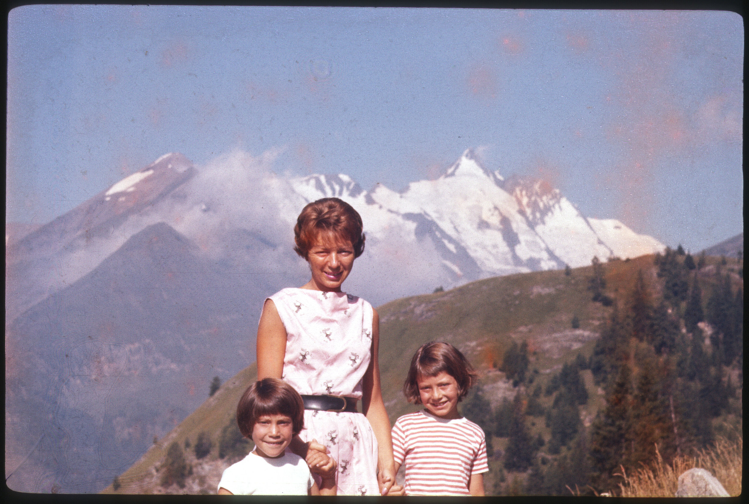 Andrea with her mother and sister, Leslie, in Europe.