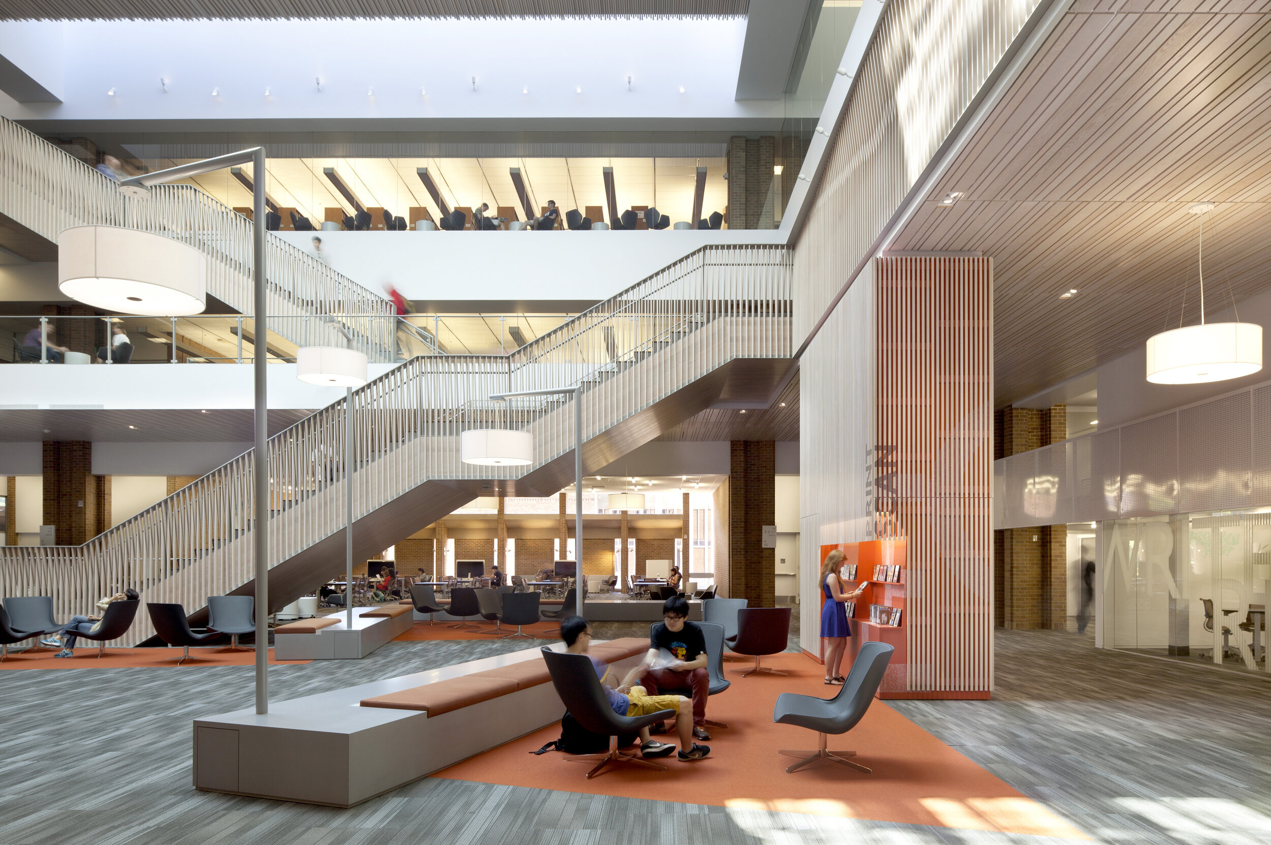 Odegaard Undergraduate Library, photography by Lara Swimmer.