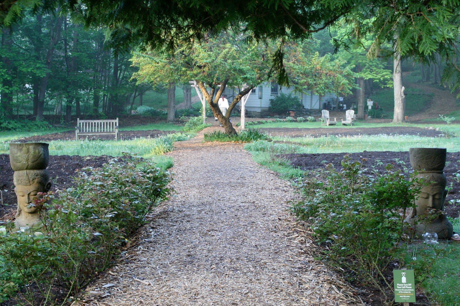Omega Garden Circle.JPG