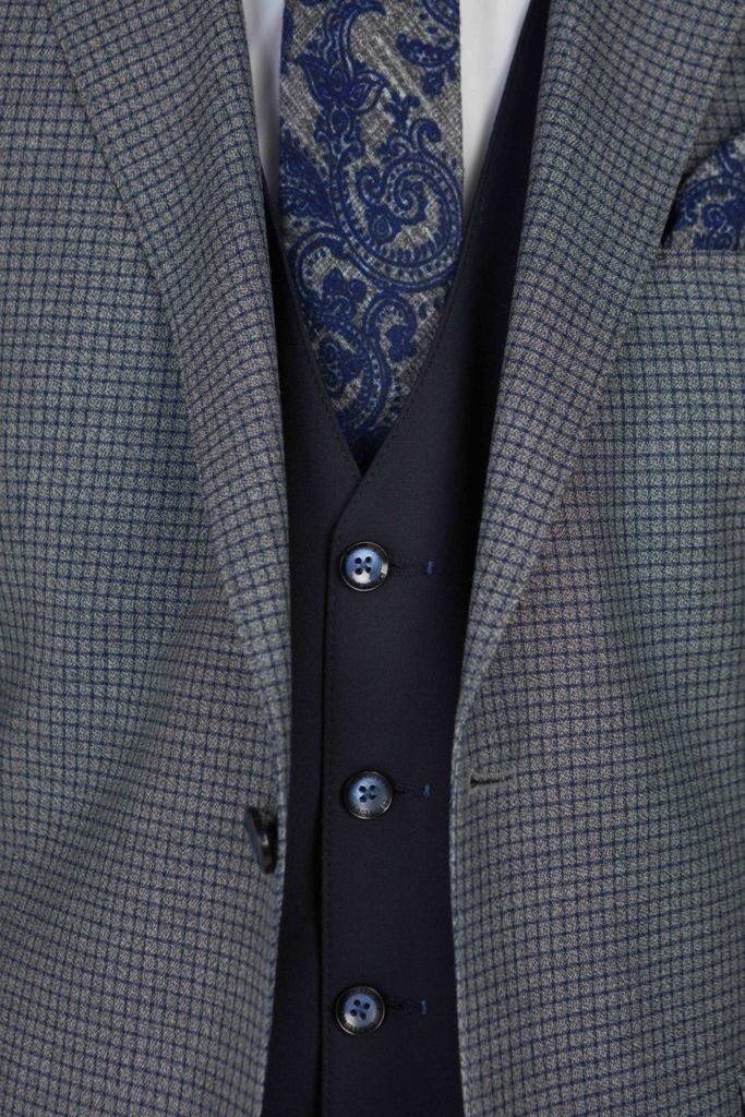 Benetti-Menswear-Ireland-Suit-Spring-Summer-Mens-Fashion-Benetti-Rooney-Grey-Suit-683x1024.jpg