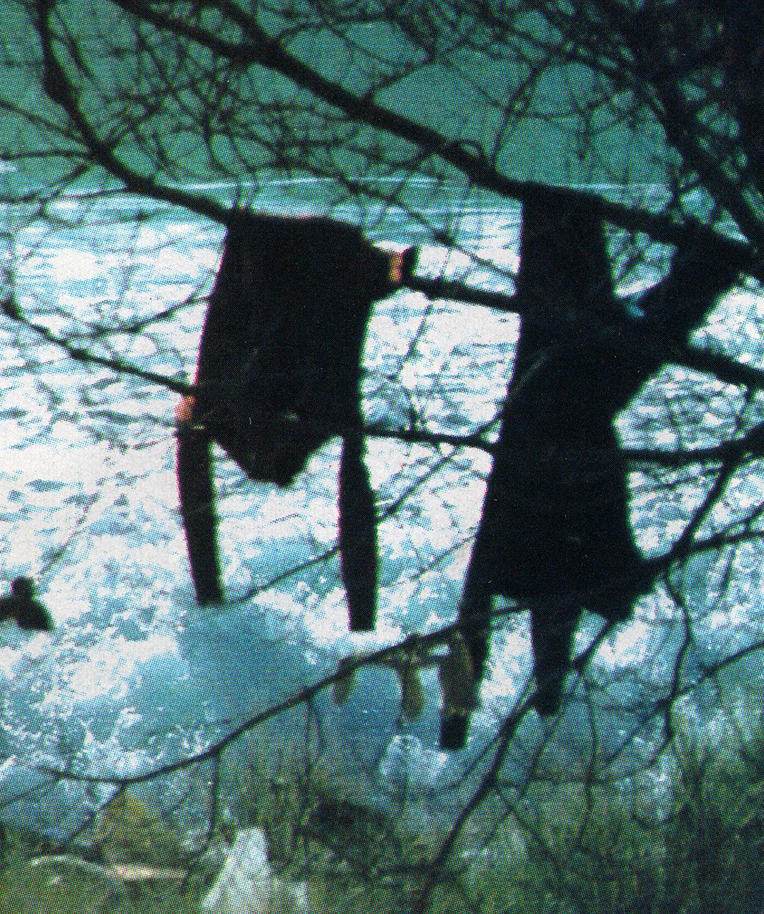 wetsuitshanging_web.jpg