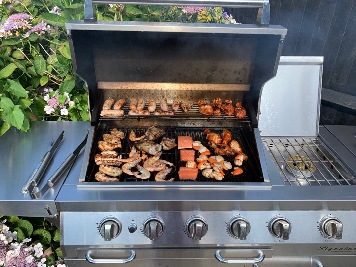 Win a seafood hamper worth £100 - perfect for the barbecue