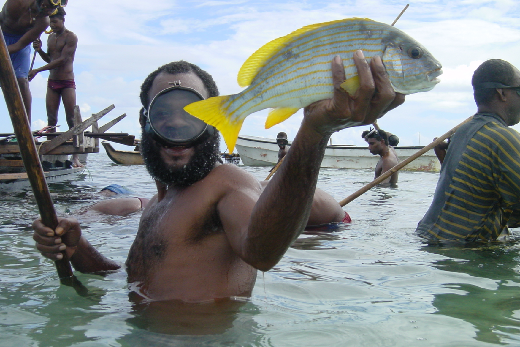 LOCAL FISHING, Papua New Guinea CREDIT: ARC Centre of Excellence for Coral Reef Studies