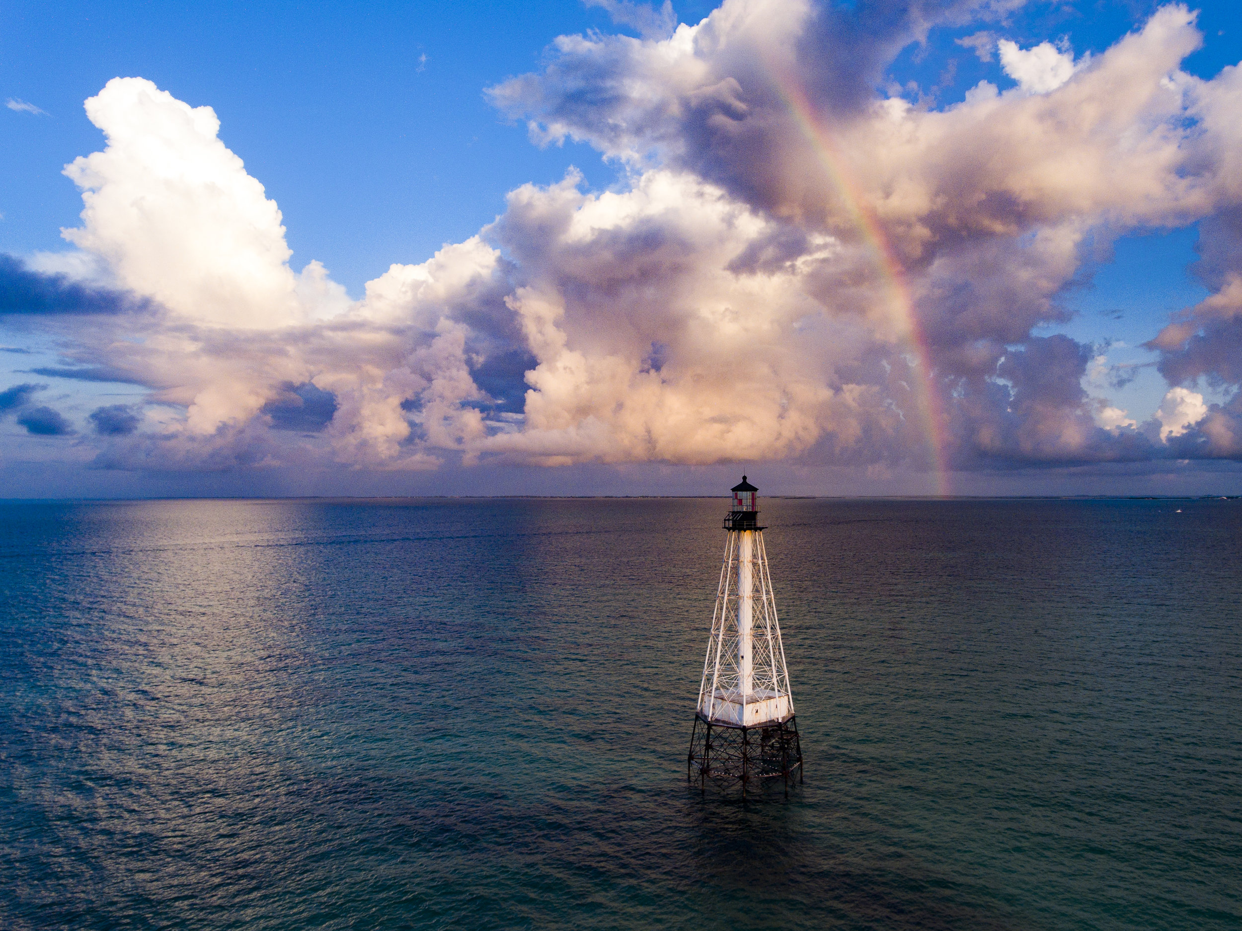RAINBOW AT ALLIGATOR REEF LIGHT credit: DAVID GROSS / coral reef image bank