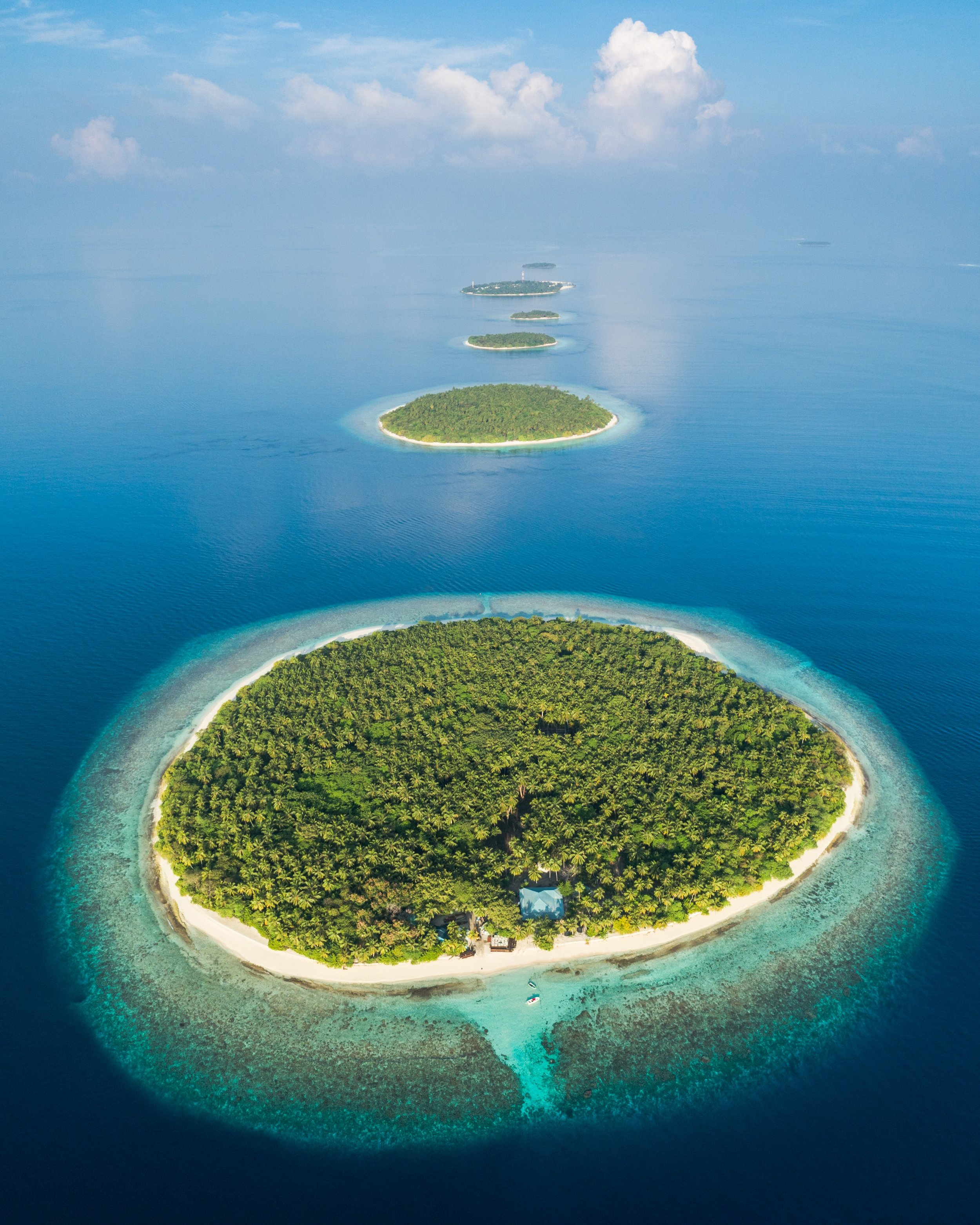 Islands in the maldives credit: Ishan Hassan / coral reef image bank