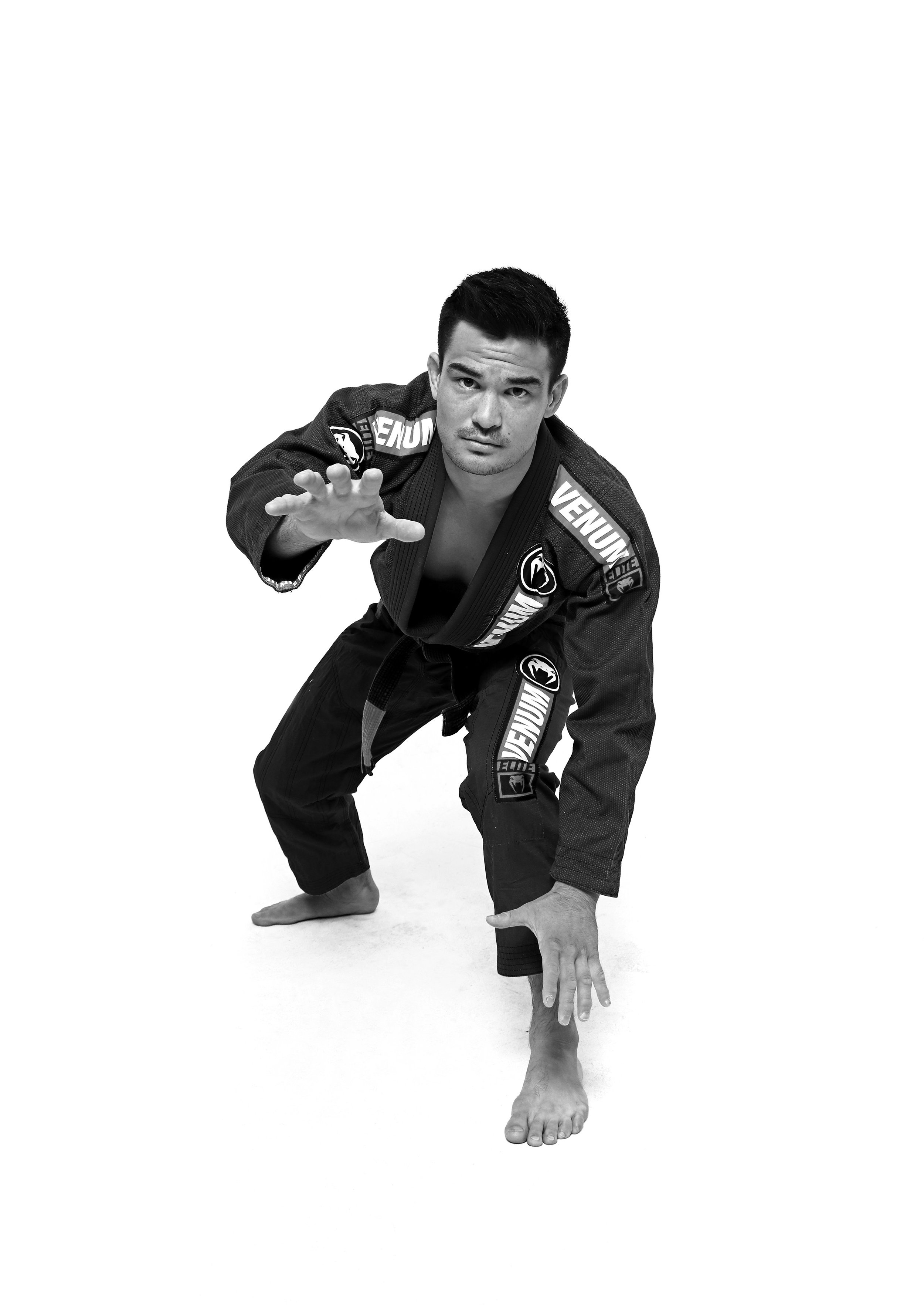 Isaac Doederlein - Professor Isaac Doederlein, an Alliance black belt under the legendary Rubens 'Cobrinha' Charles, is widely regarded as one of the top five featherweight competitors in the world. Isaac got his start in Jiu Jitsu in Arizona under Wellington 'Megaton' Dias, who guided him to winning the Worlds as a blue belt in 2010. As a purple belt, he moved to Los Angeles to train Jiu Jitsu full time under Cobrinha. Since earning his black belt, Professor Isaac has won multiple IBJJF tournaments, defeating some of the biggest names in the modern Brazilian Jiu Jitsu circuit.
