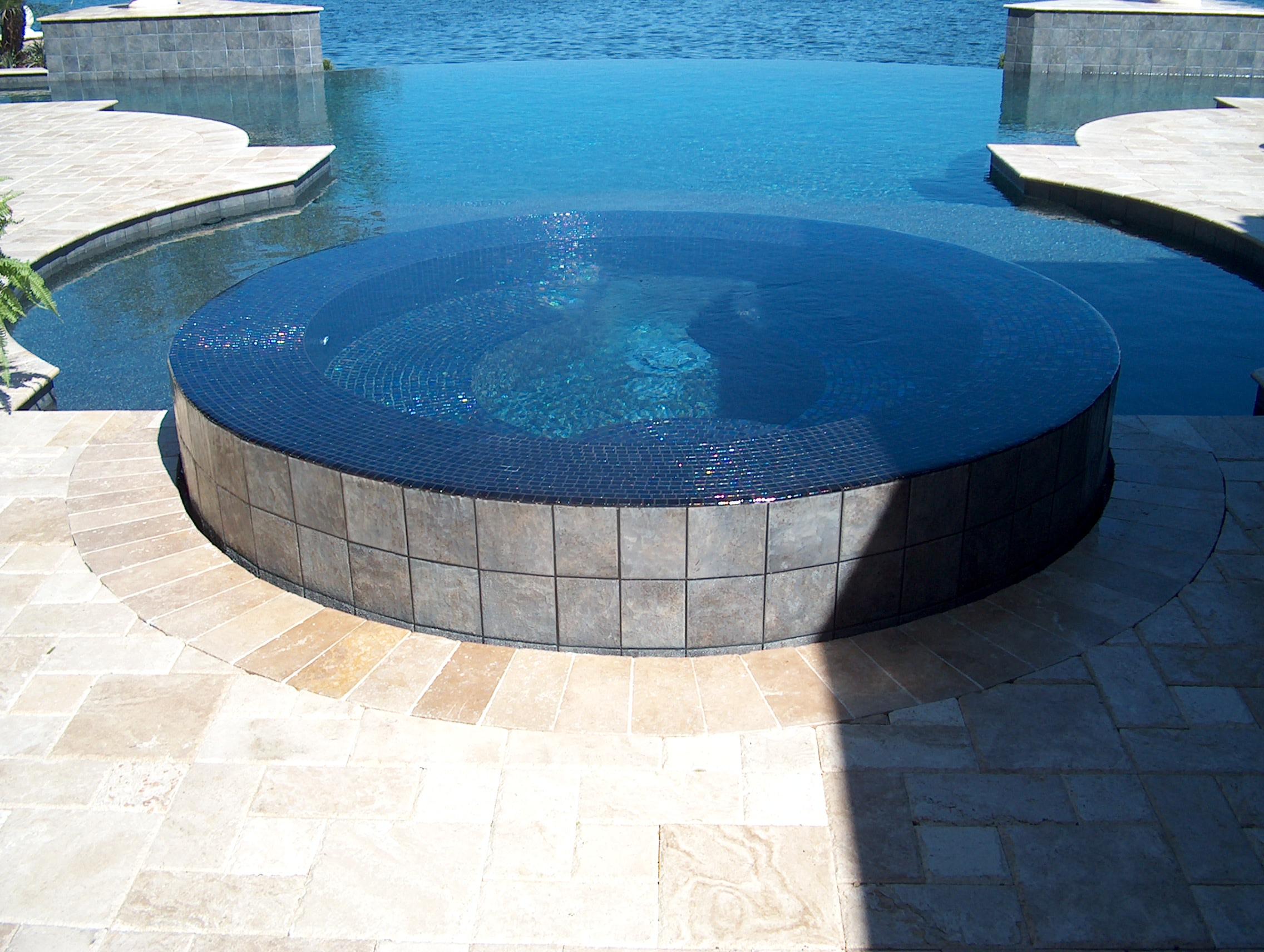360 Glass Tile Spa