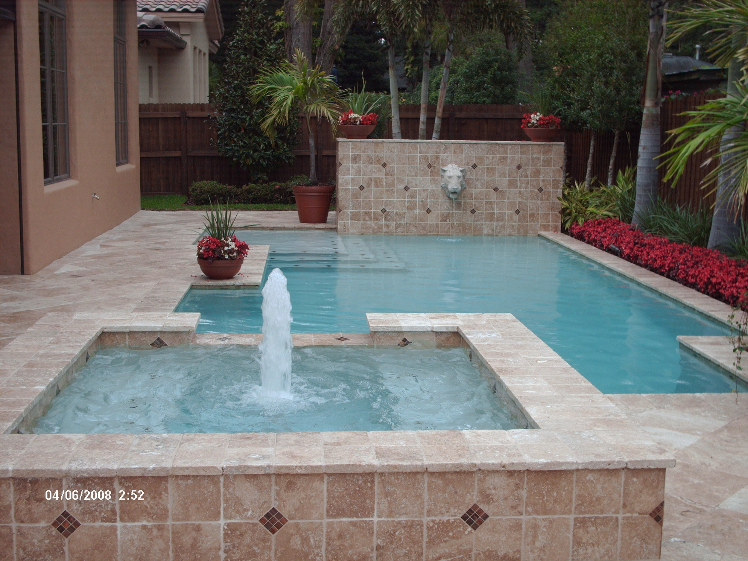 Classic Spa with Bubbler and Fountain