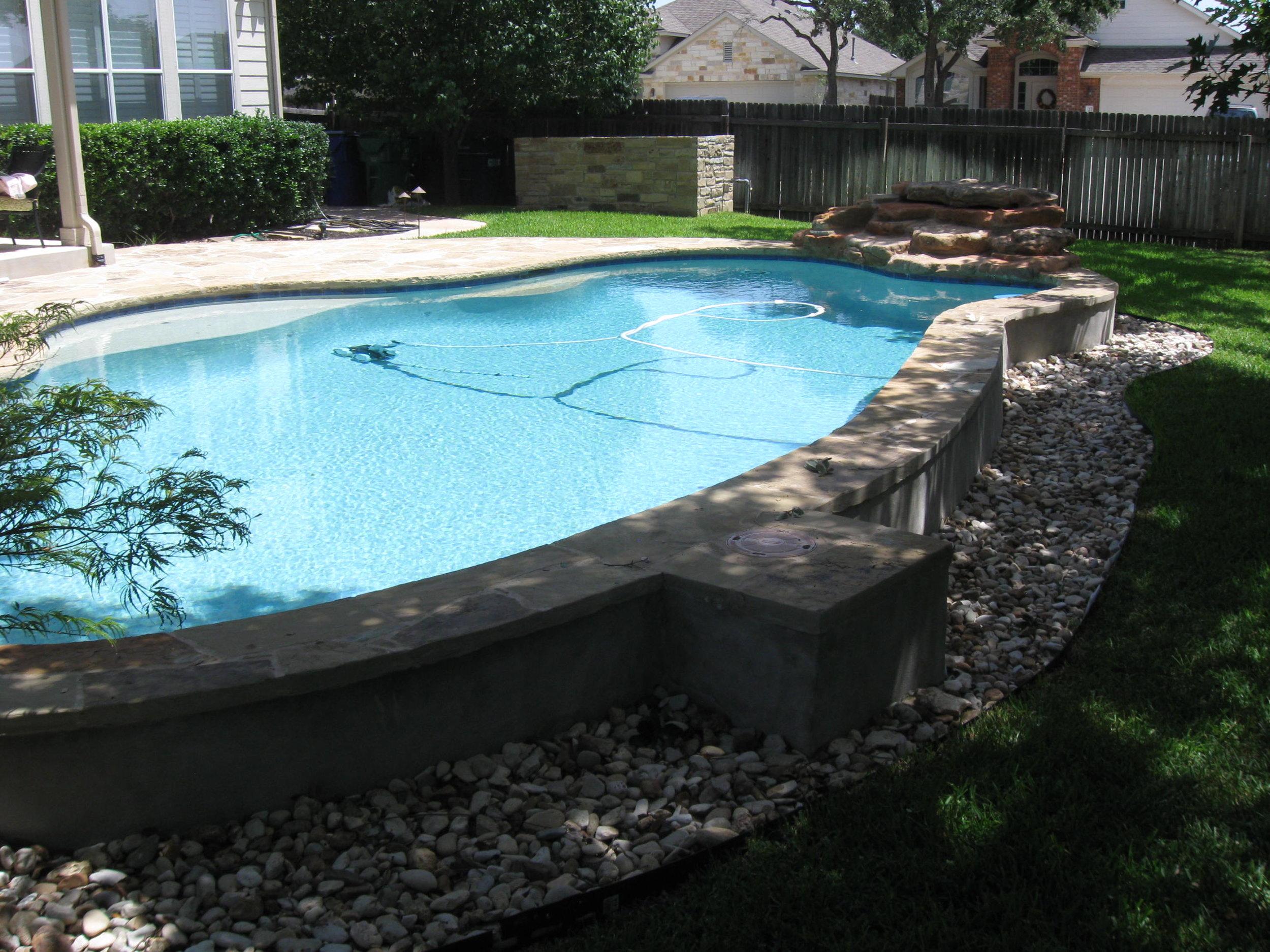 Basic pool & spa.JPG