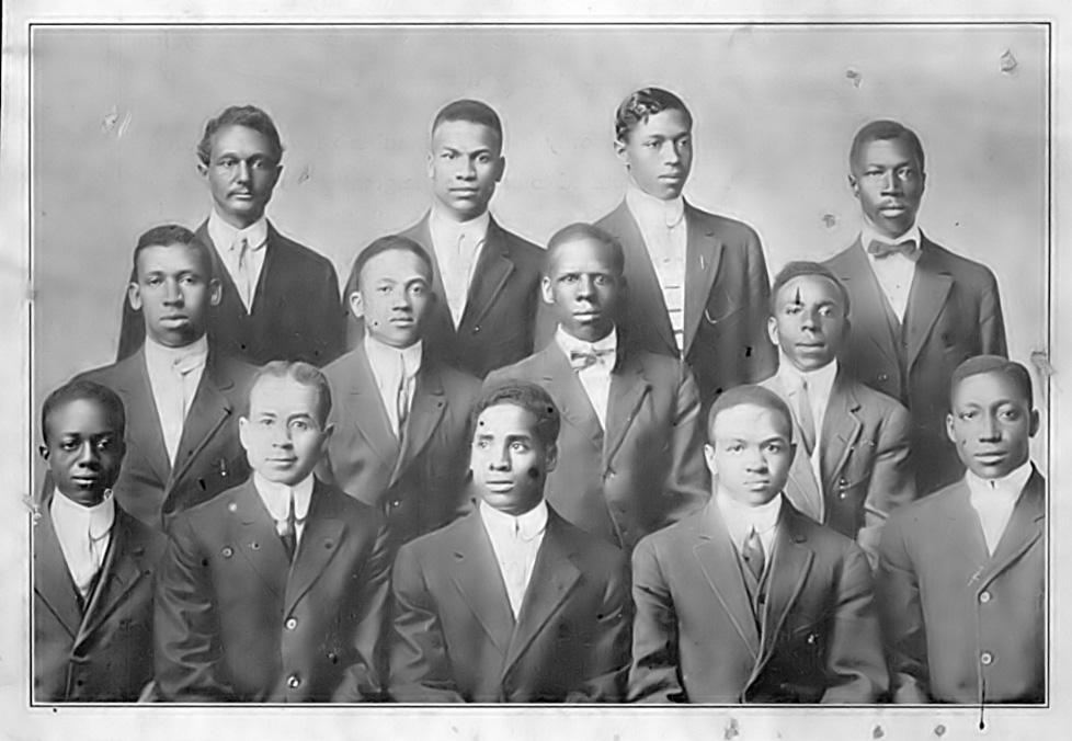 Alpha-Chapter-1913.jpg