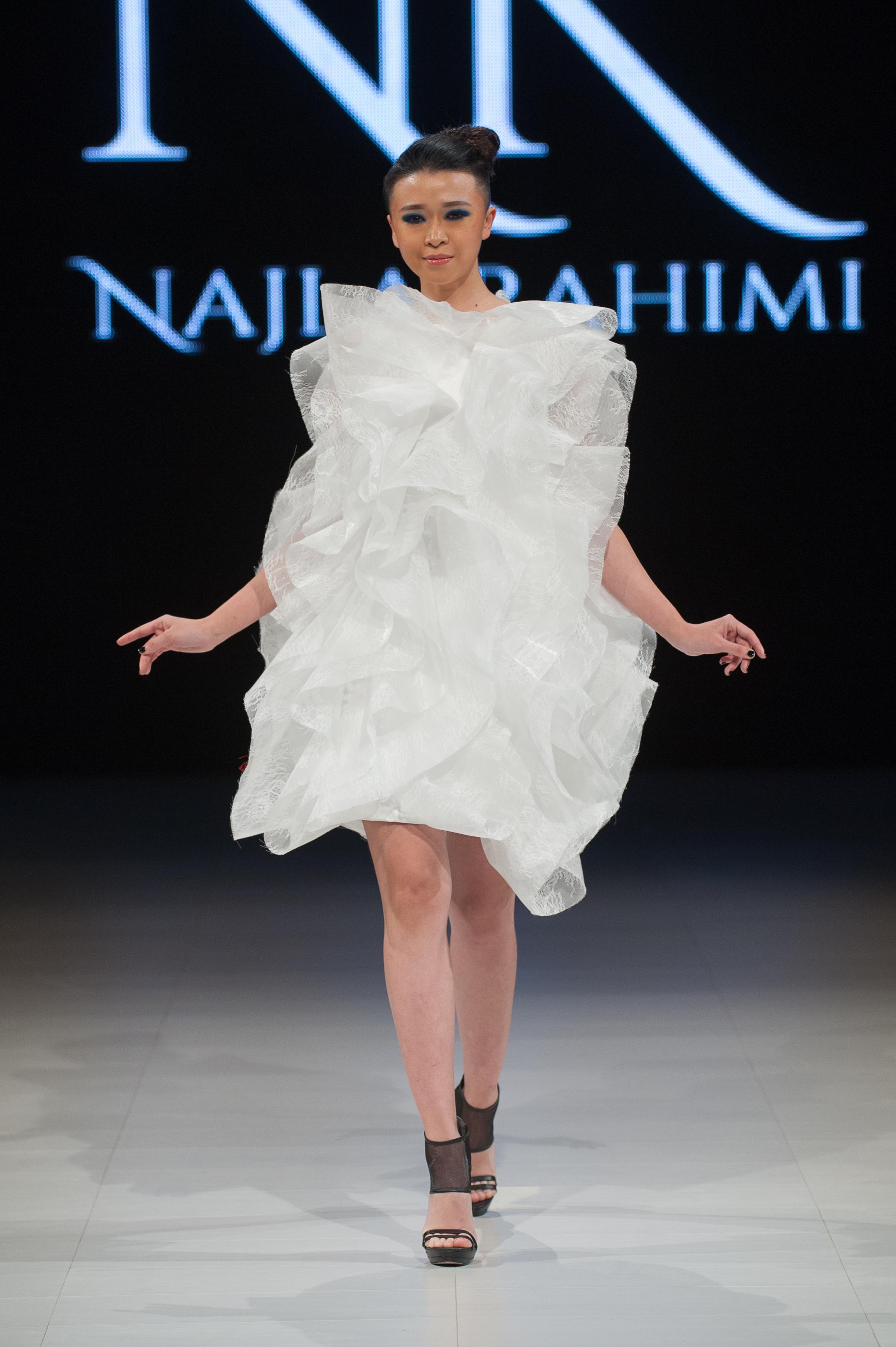 FAT2018-Day1-April17-Najla_Rahimi-Runway-Che_Rosales-LARAWAN-6114.jpg