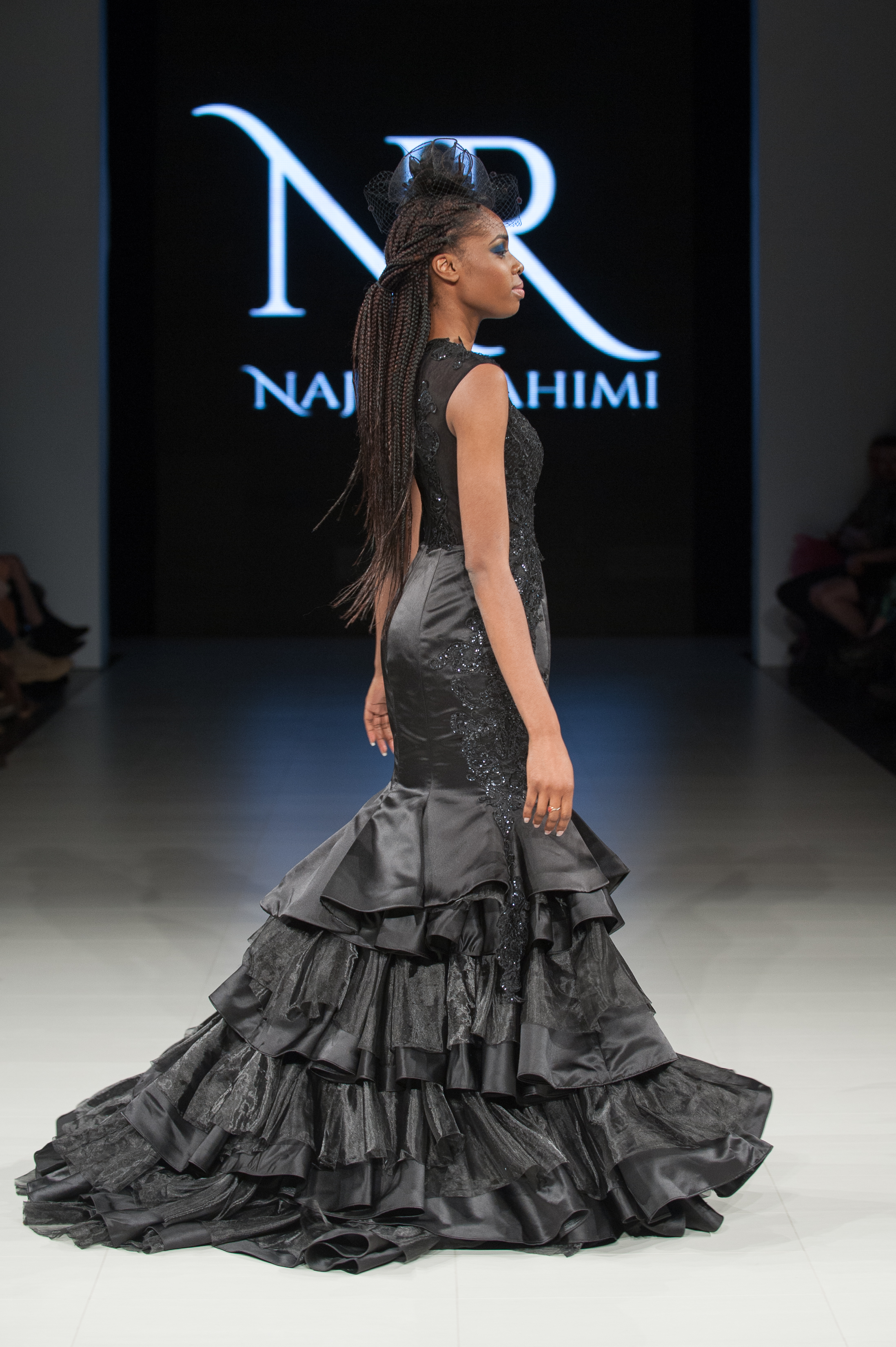 FAT2018-Day1-April17-Najla_Rahimi-Runway-Che_Rosales-LARAWAN-6167.jpg